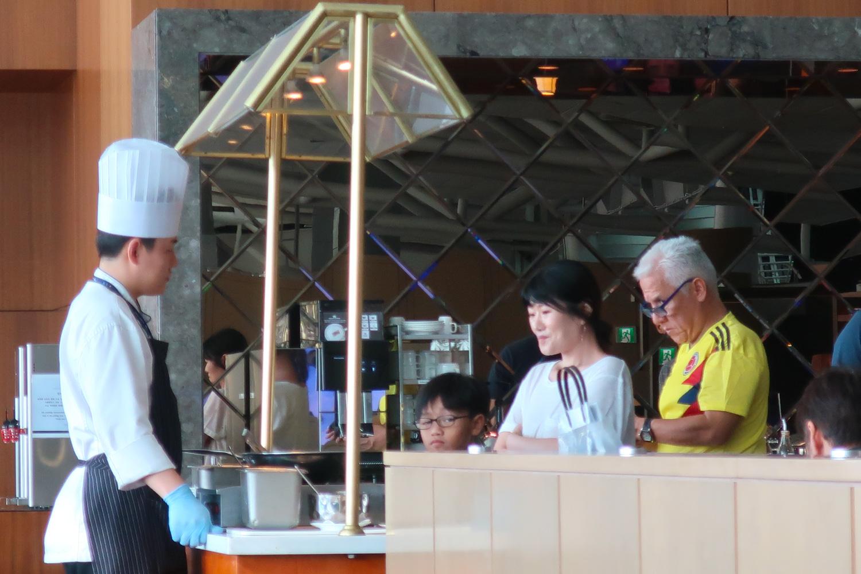 Fresh Pasta Station - Asiana Lounge Seoul Incheon  Photo: Calvin Wood