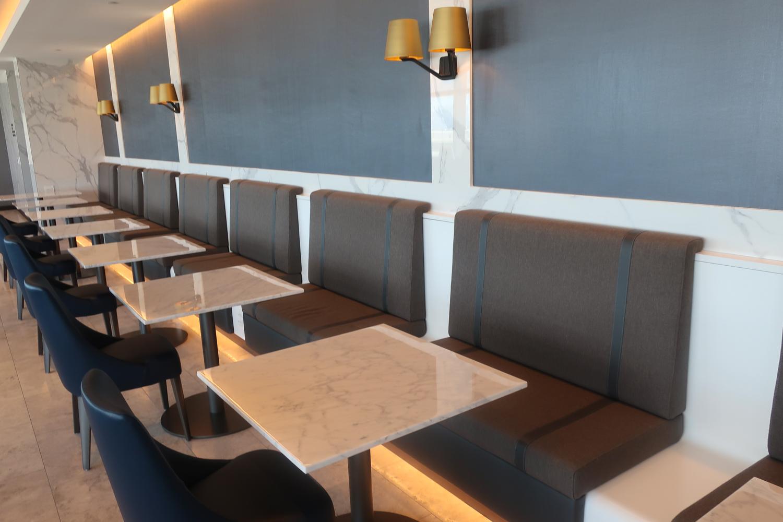 Eating Area - United Polaris Lounge - San Francisco  Photo: Calvin Wood
