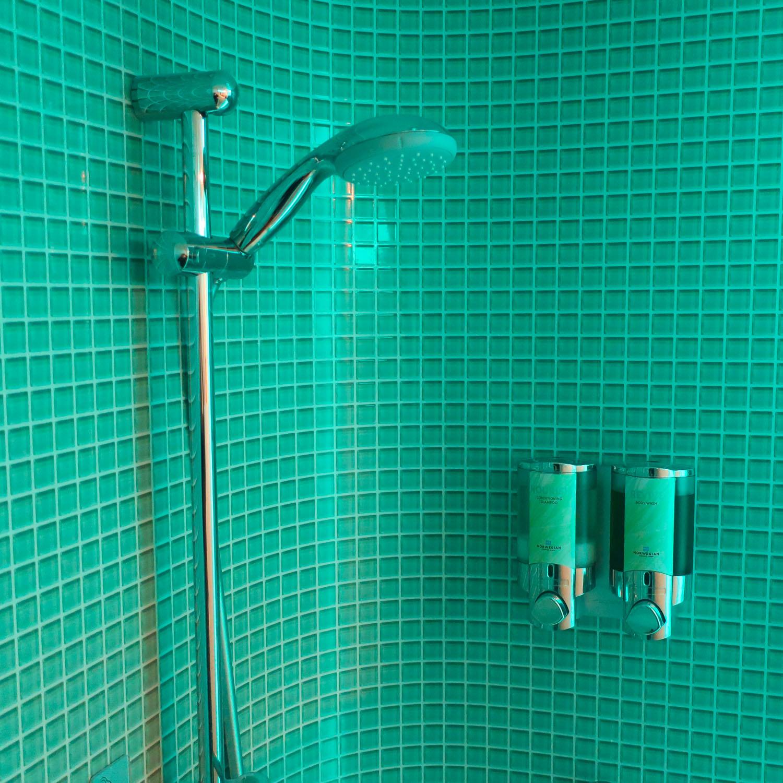 Shower - NCL Escape Studio Cabin  Photo: Calvin Wood