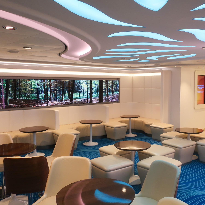 Studio Lounge - NCL Escape  Photo: Calvin Wood
