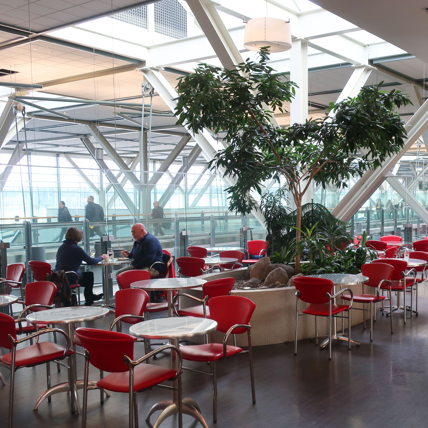 Dining Area - Air Canada Lounge (USA) - Vancouver  Photo: Calvin Wood