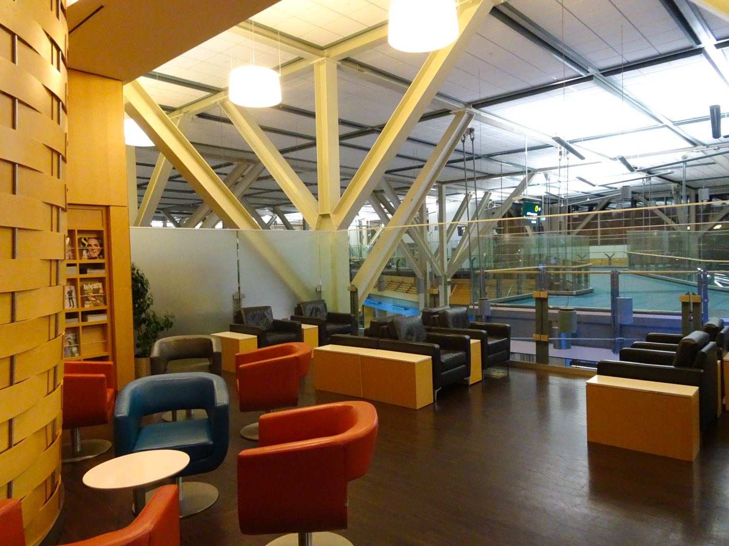 Seating Area - Air Canada Lounge - Vancouver  Photo: Calvin Wood