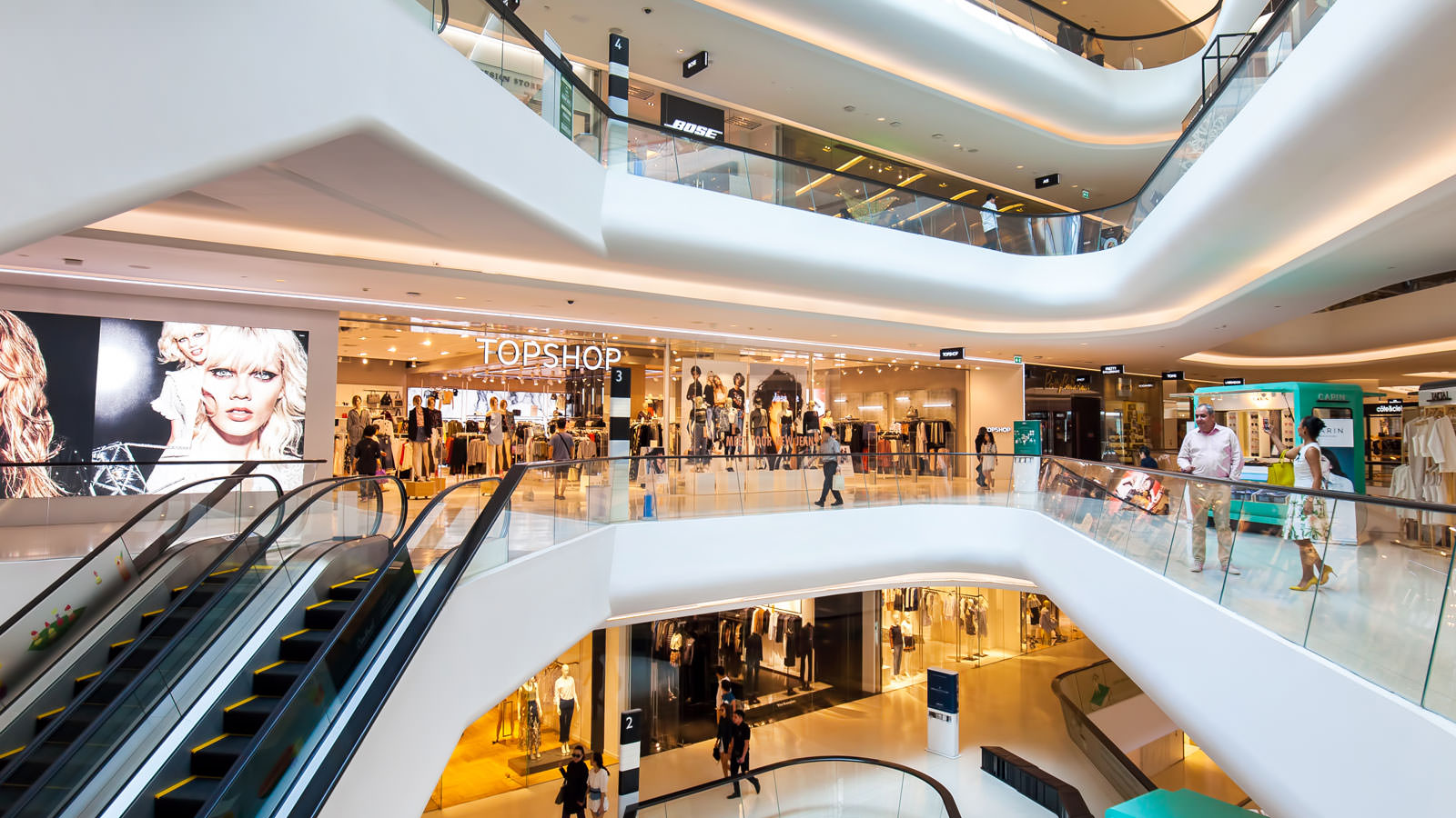 Shopping Mall Expert Magazine (2015)