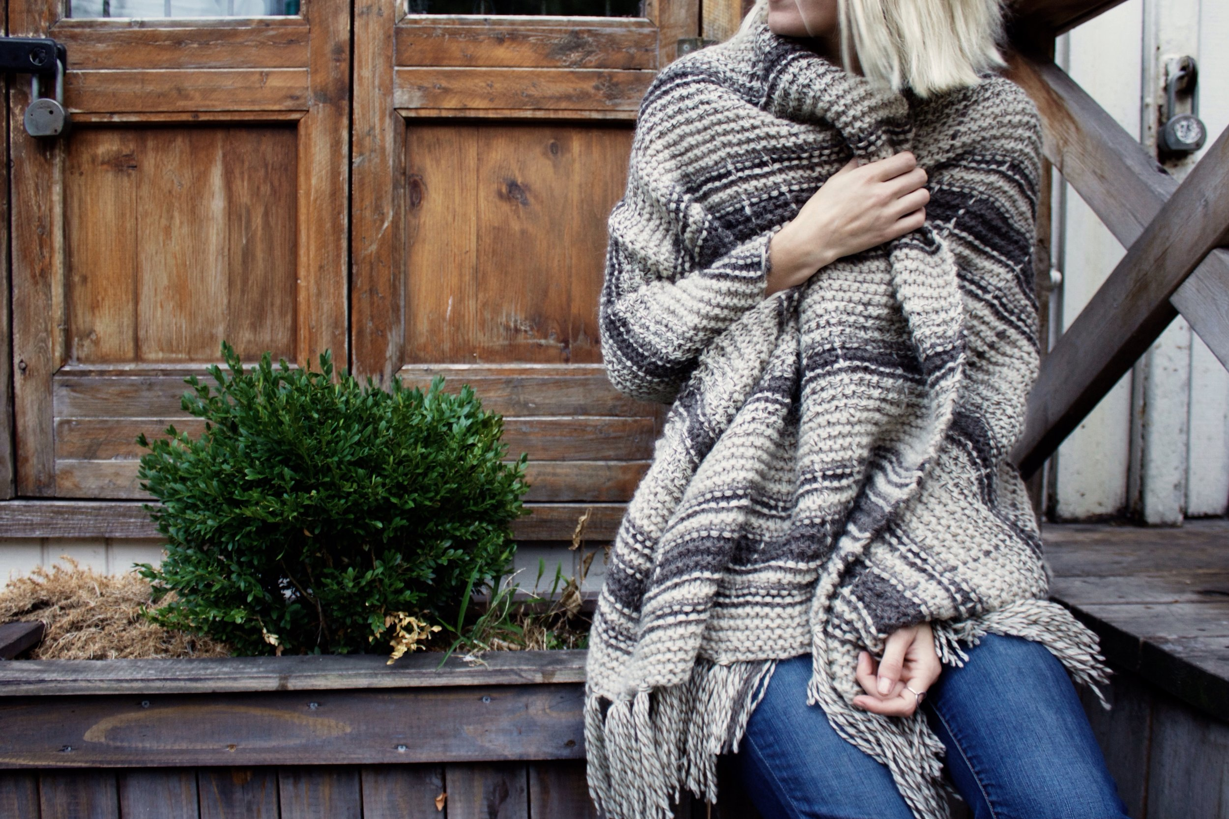 Campfire Blanket Scarf Pattern by Two of Wands