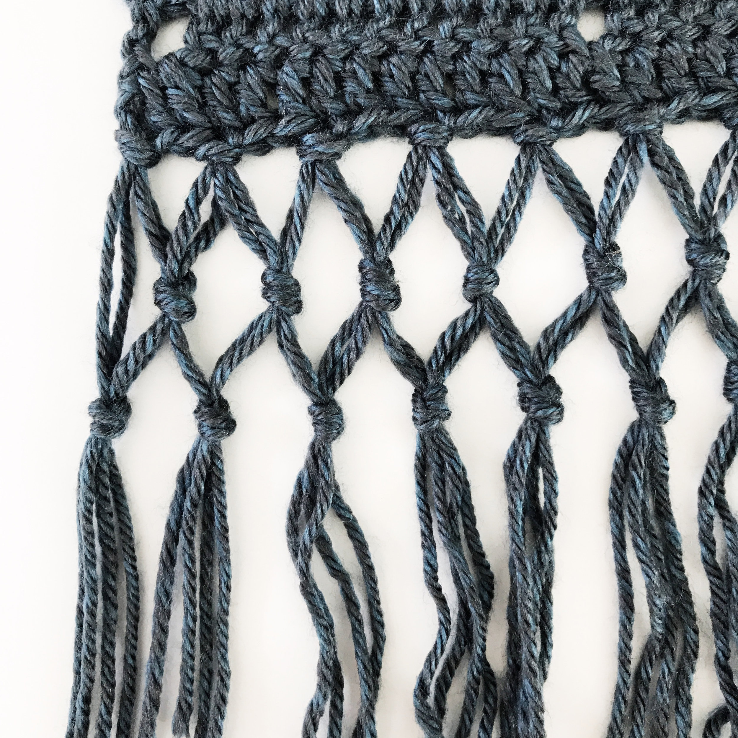 Rebozo Wrap pattern by Two of Wands macrame detailing