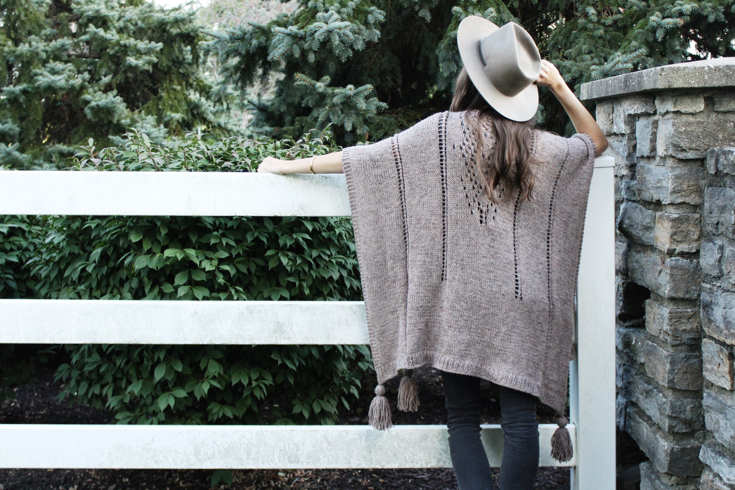 Caravan Poncho Pattern by Two of Wands