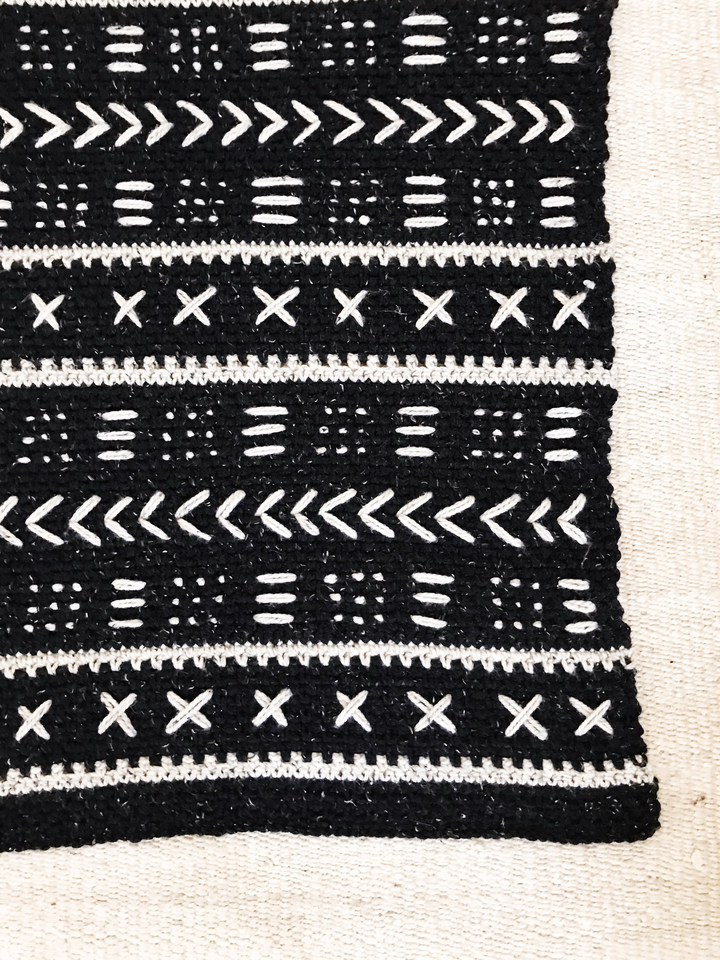 Mudcloth Blanket pattern by Two of Wands