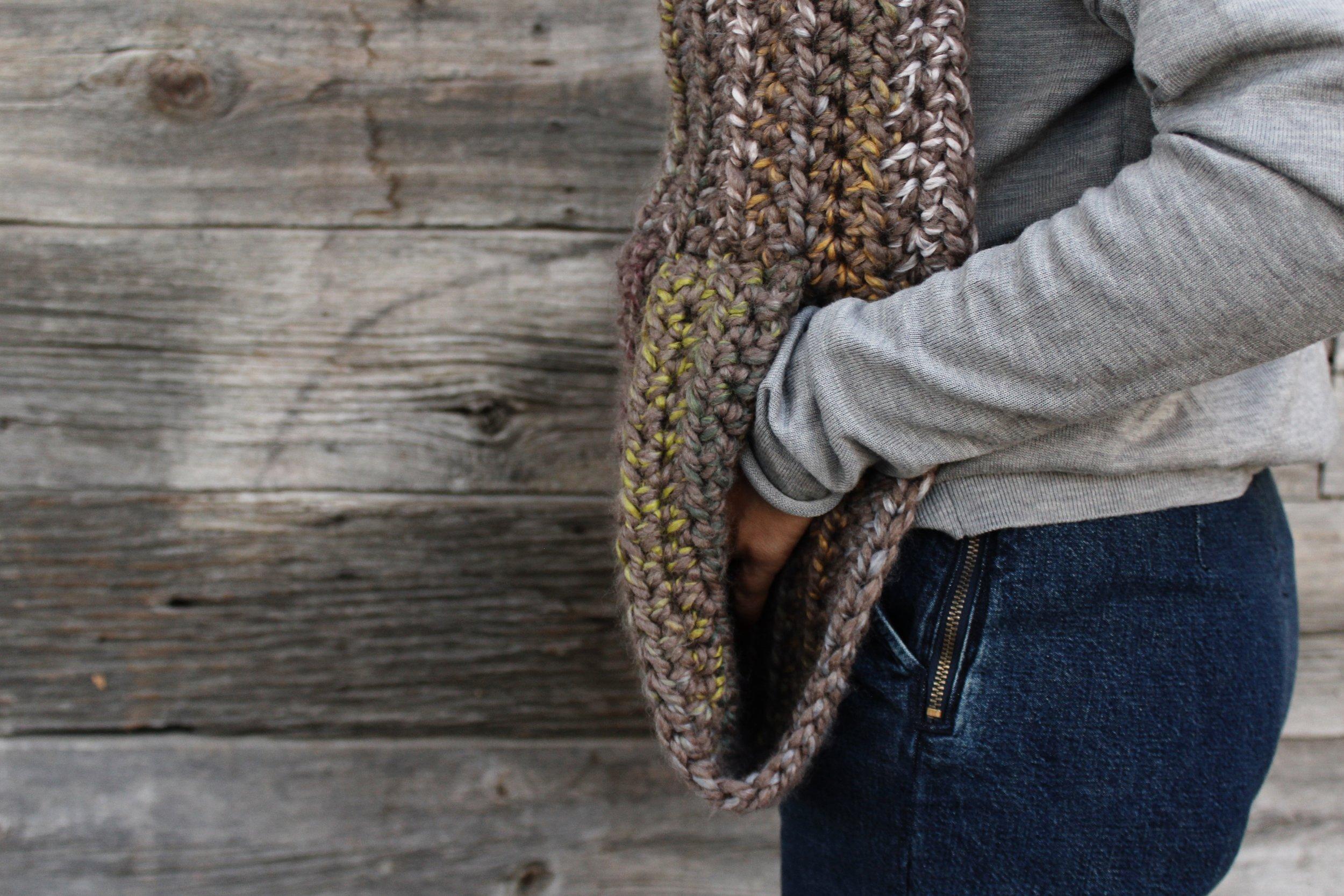 Kodiak Hooded Pocket Scarf pattern by Two of Wands