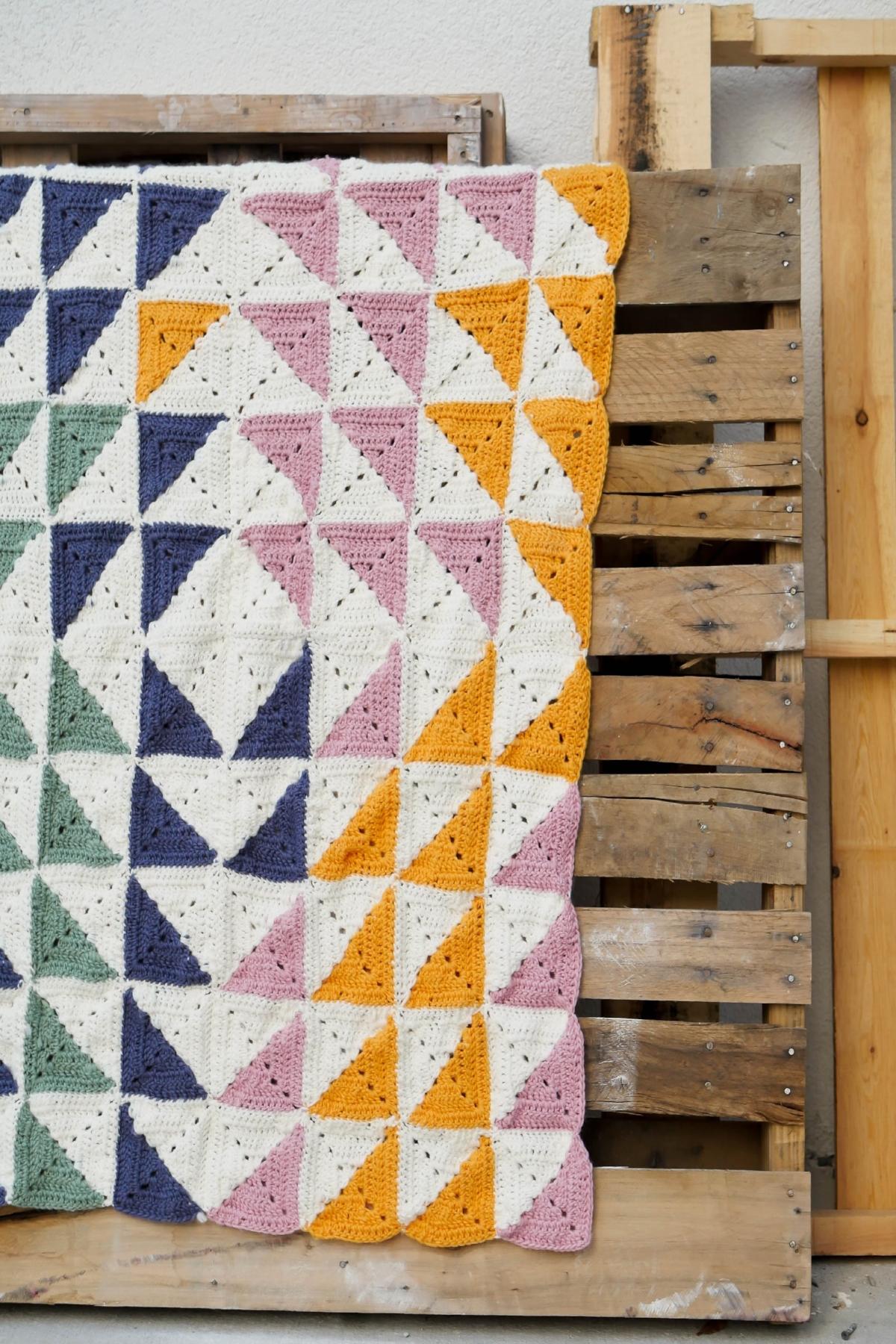 Kaleidoscope Blanket by Sewrella