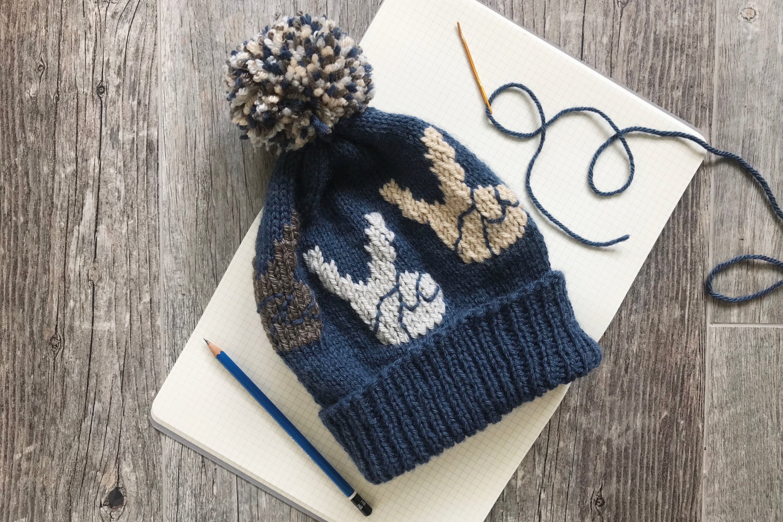 Red and blue peace pattern wool hat