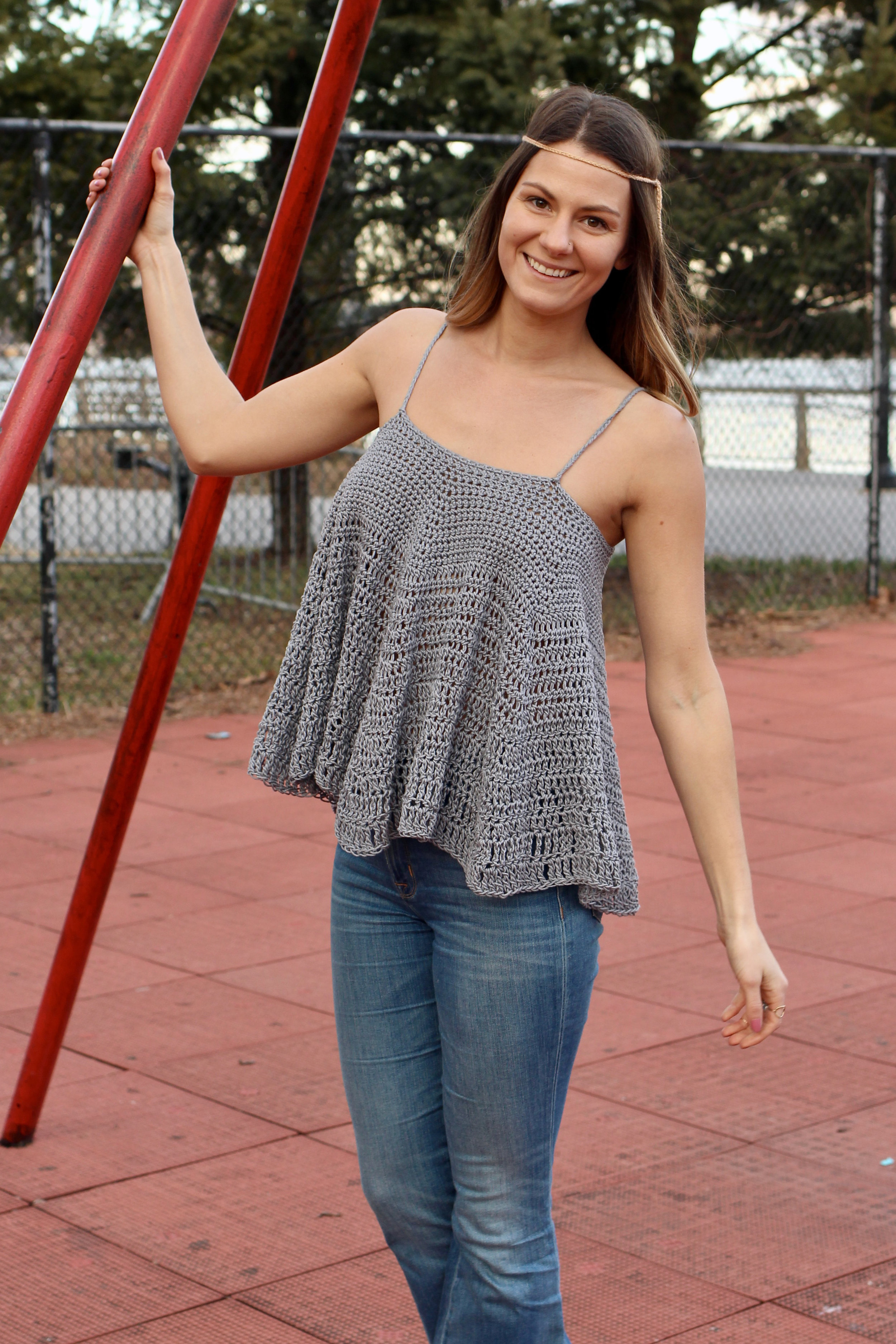 Flower Child Circle Tank pattern by Two of Wands