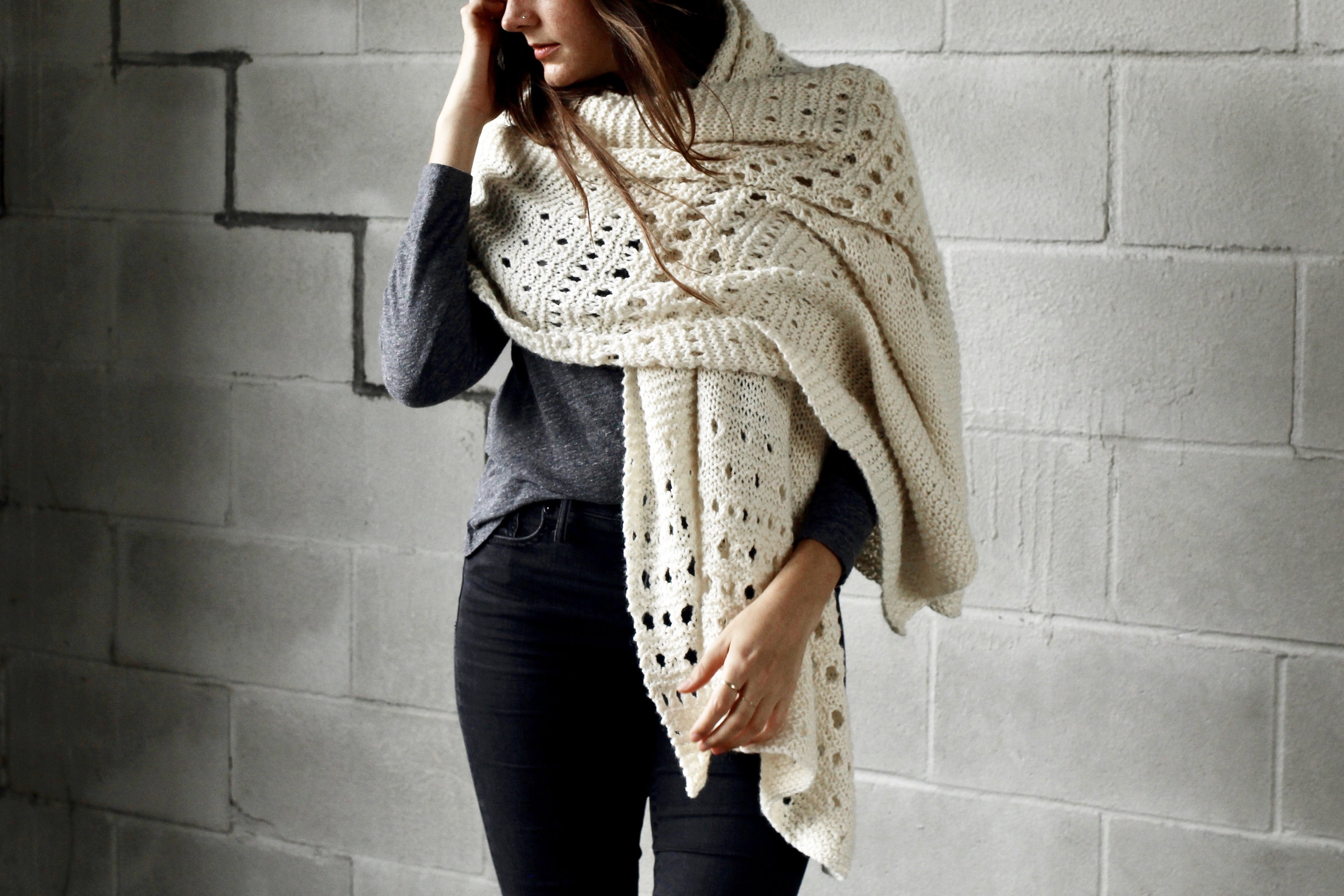 Flurries in the Wind Wrap pattern by Two of Wands