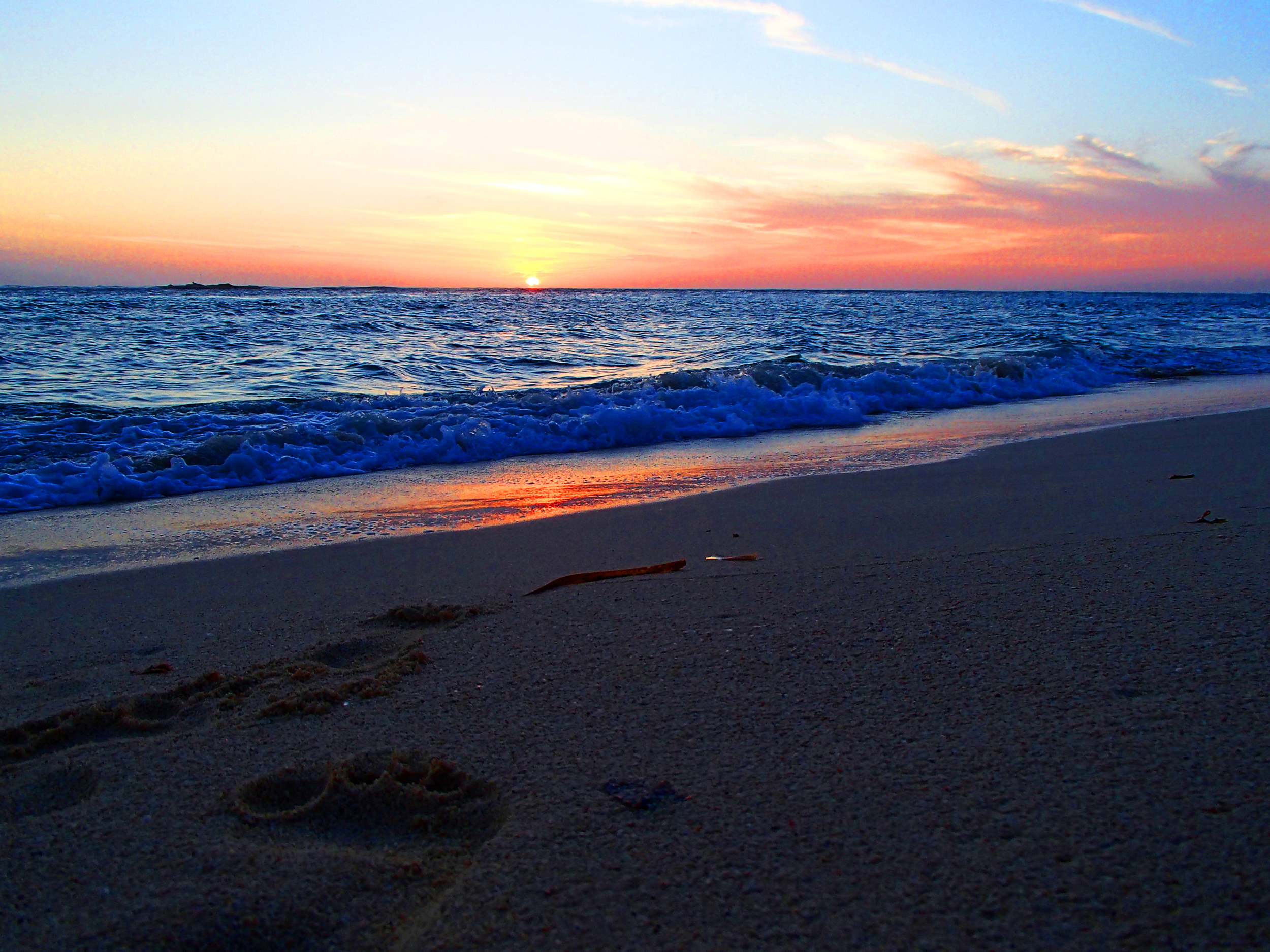 Seven+Mile+Beach+Sunset.jpg