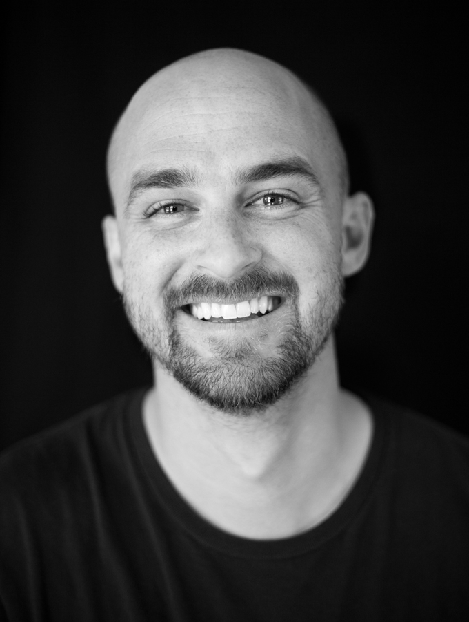 Kevin Fiscus headshot photographed in the studio by Arkadiy Yaslynskiy