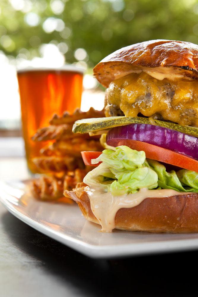 Food_Photography_Best_Burger_sacramento_firestone_public_house_pickles_onions_beer_craft_brew_pub.jpg