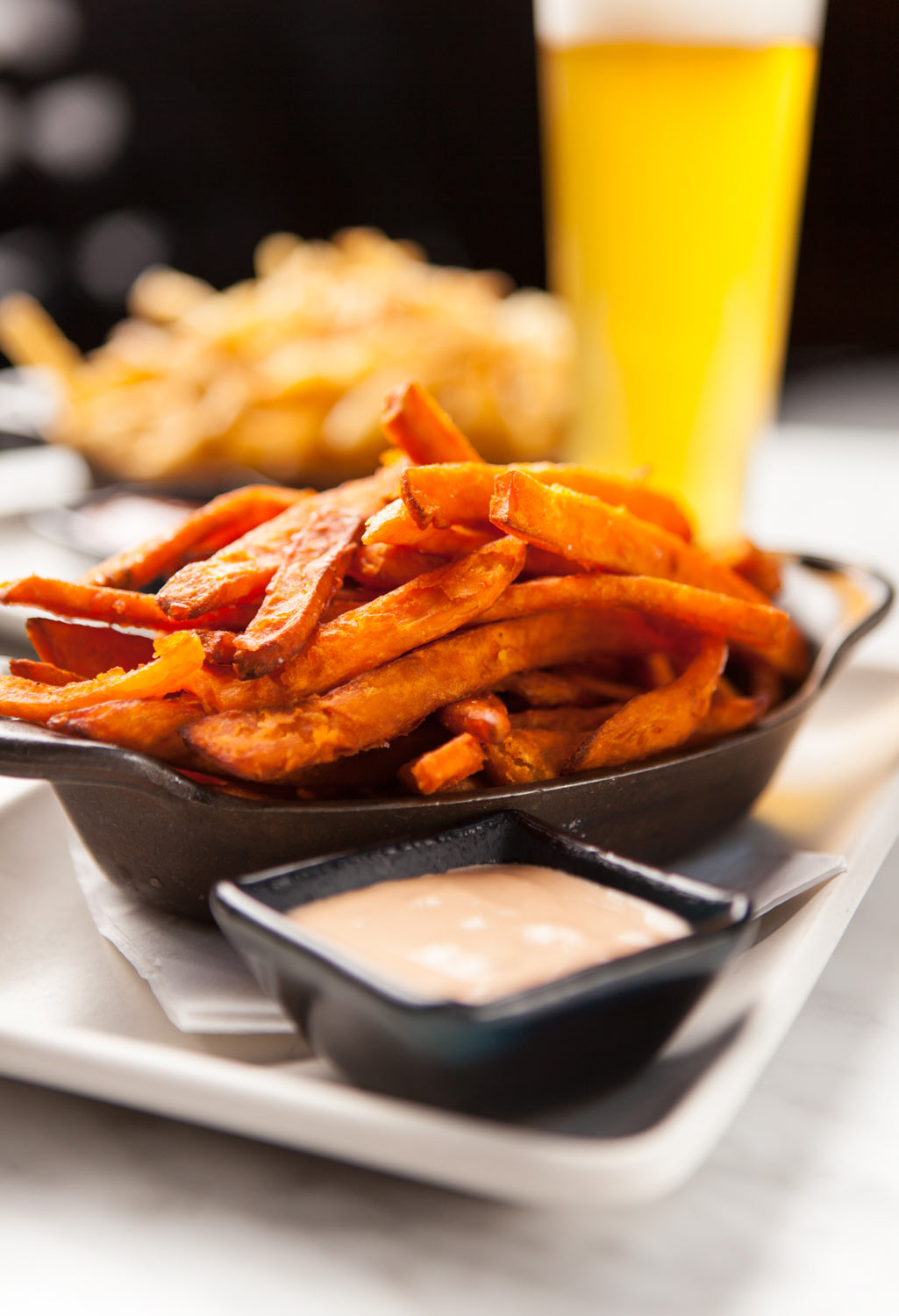 Food_Photography_french_fries_sweet_potatoe_ketchup_happy_hour_beer_specials_late_night_bar_food.jpg