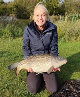 Lorraine with her 16lbs  PB  Common