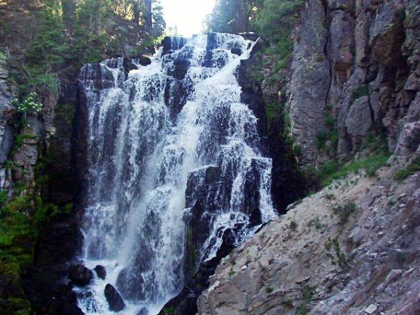 kings-creek-falls-lassen-national-park.jpg