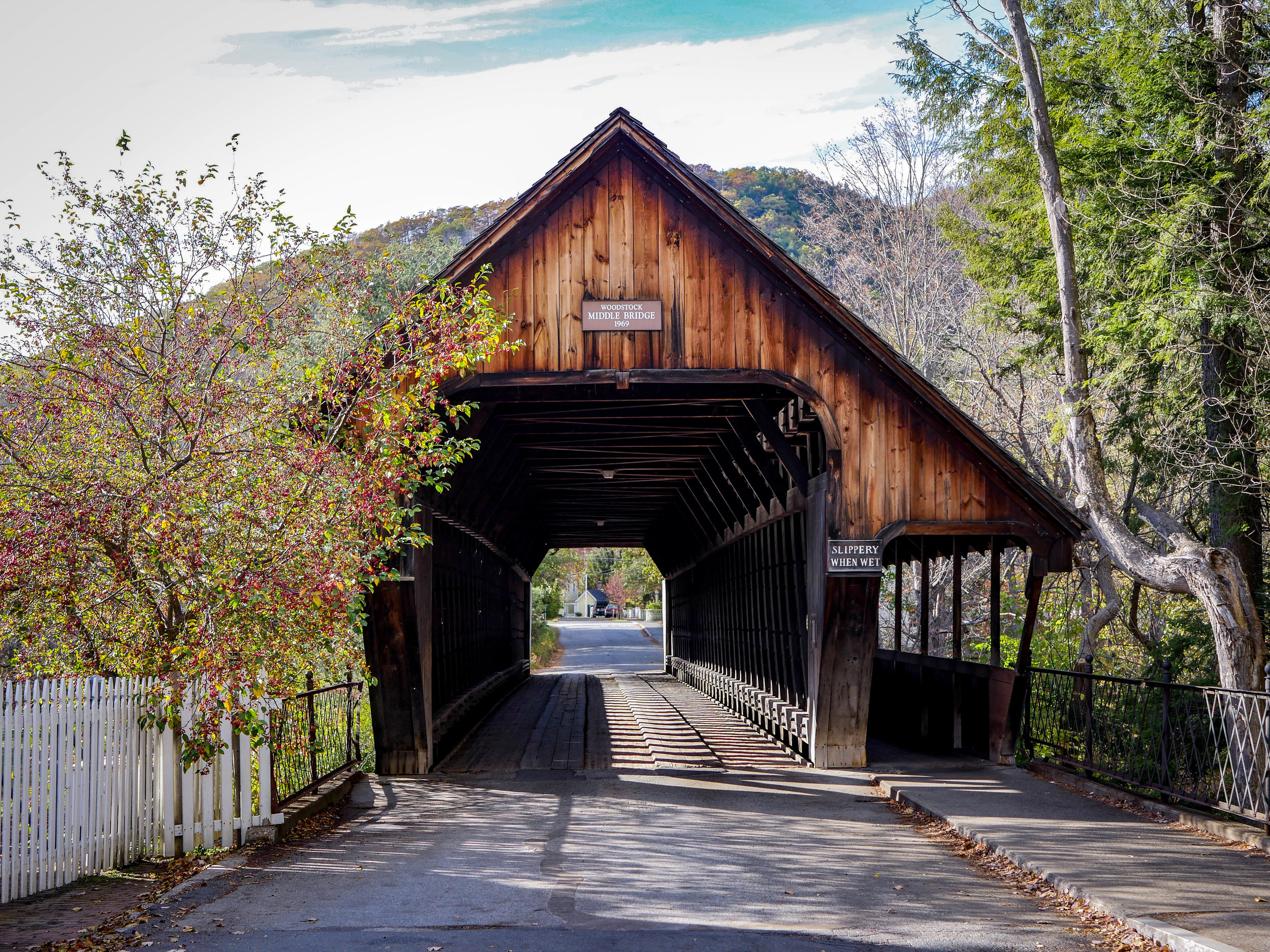I wish covered bridges were more of a thing on the west coast.