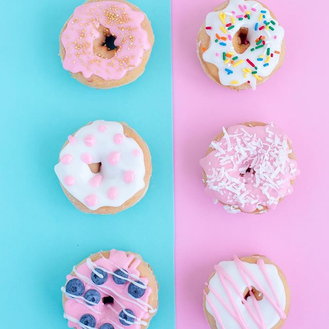 Happy #nationaldonutday!! 👇🏼 What's your fave type of #donut? 🍩