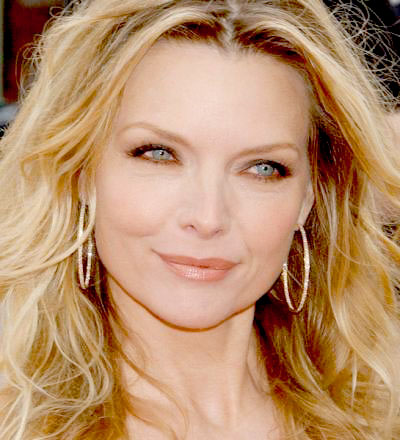 michelle-pfeiffer-3.jpg