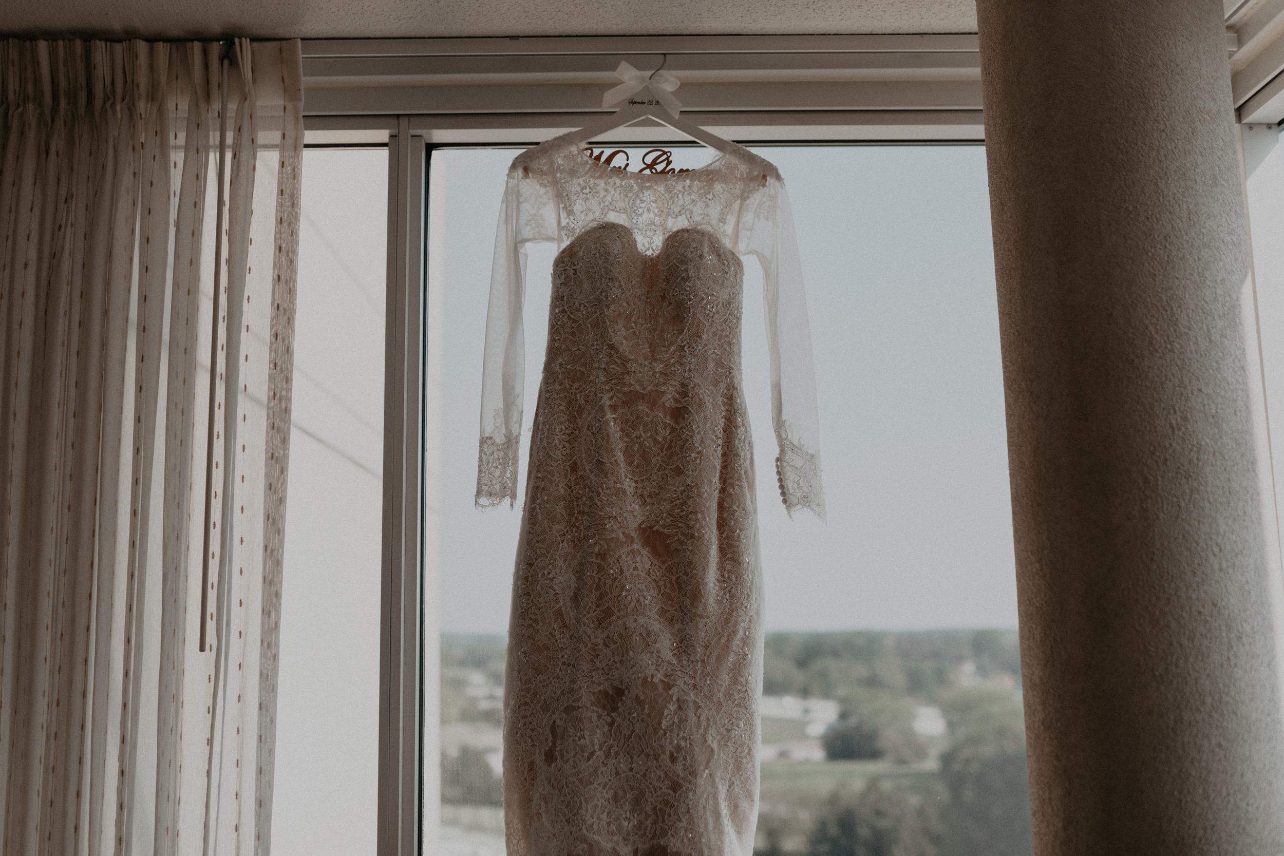 (001) Lauren + Jeff (Wedding).jpg