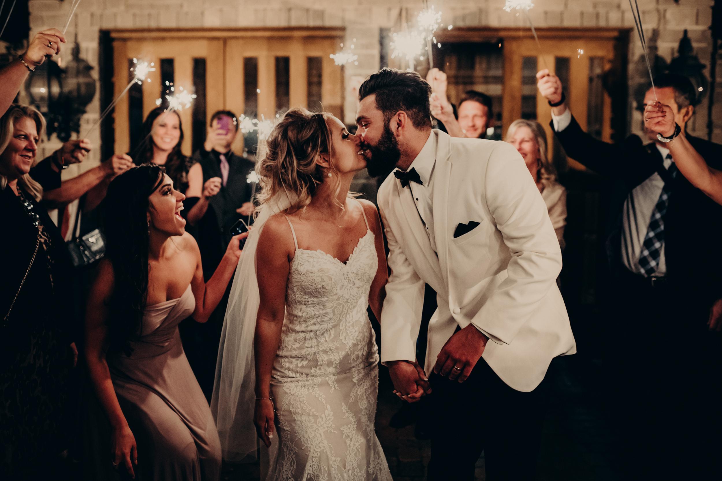 (702) Lindsey + Kenny (Wedding).jpg