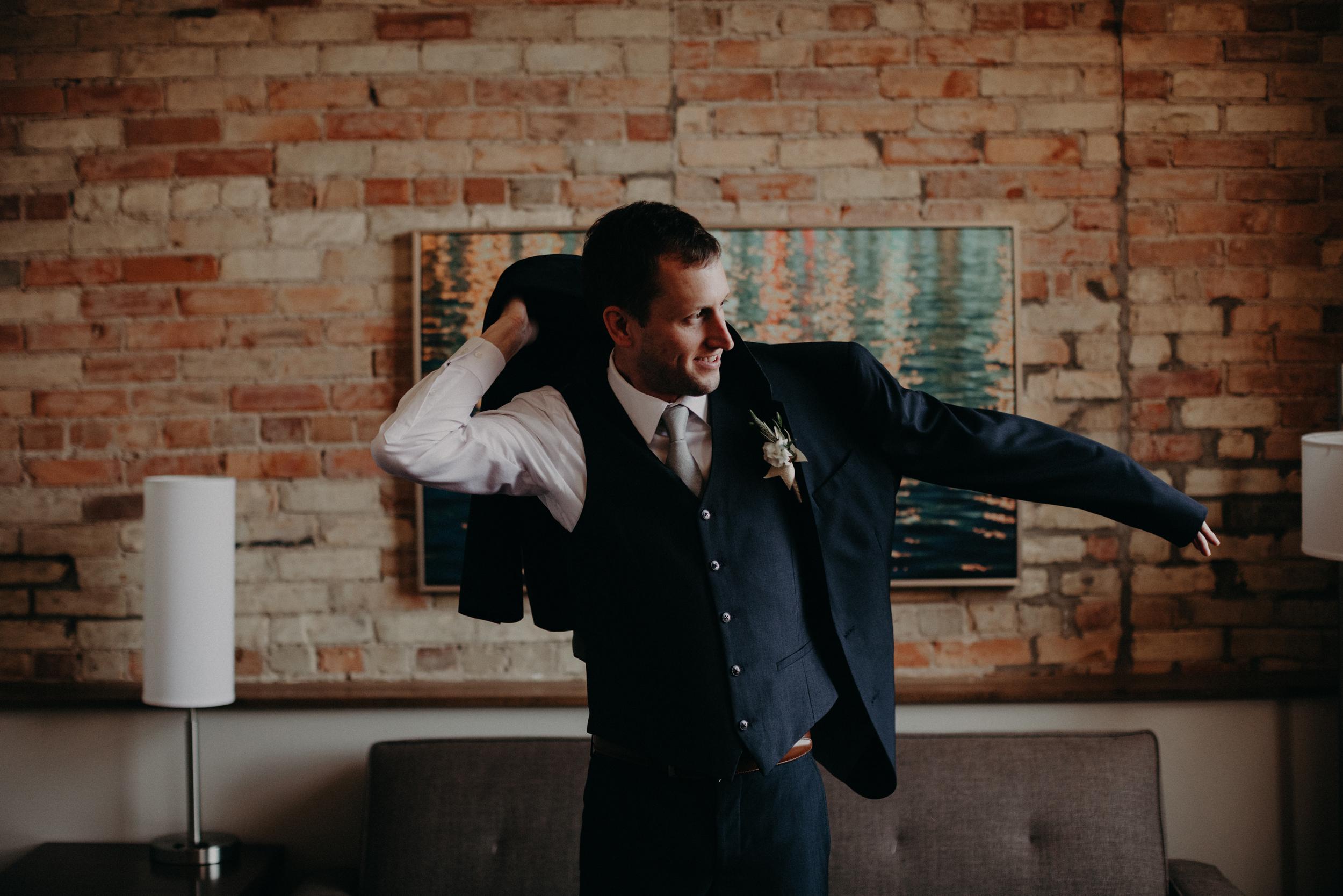 (082) Lauren + Ryan (Wedding).jpg