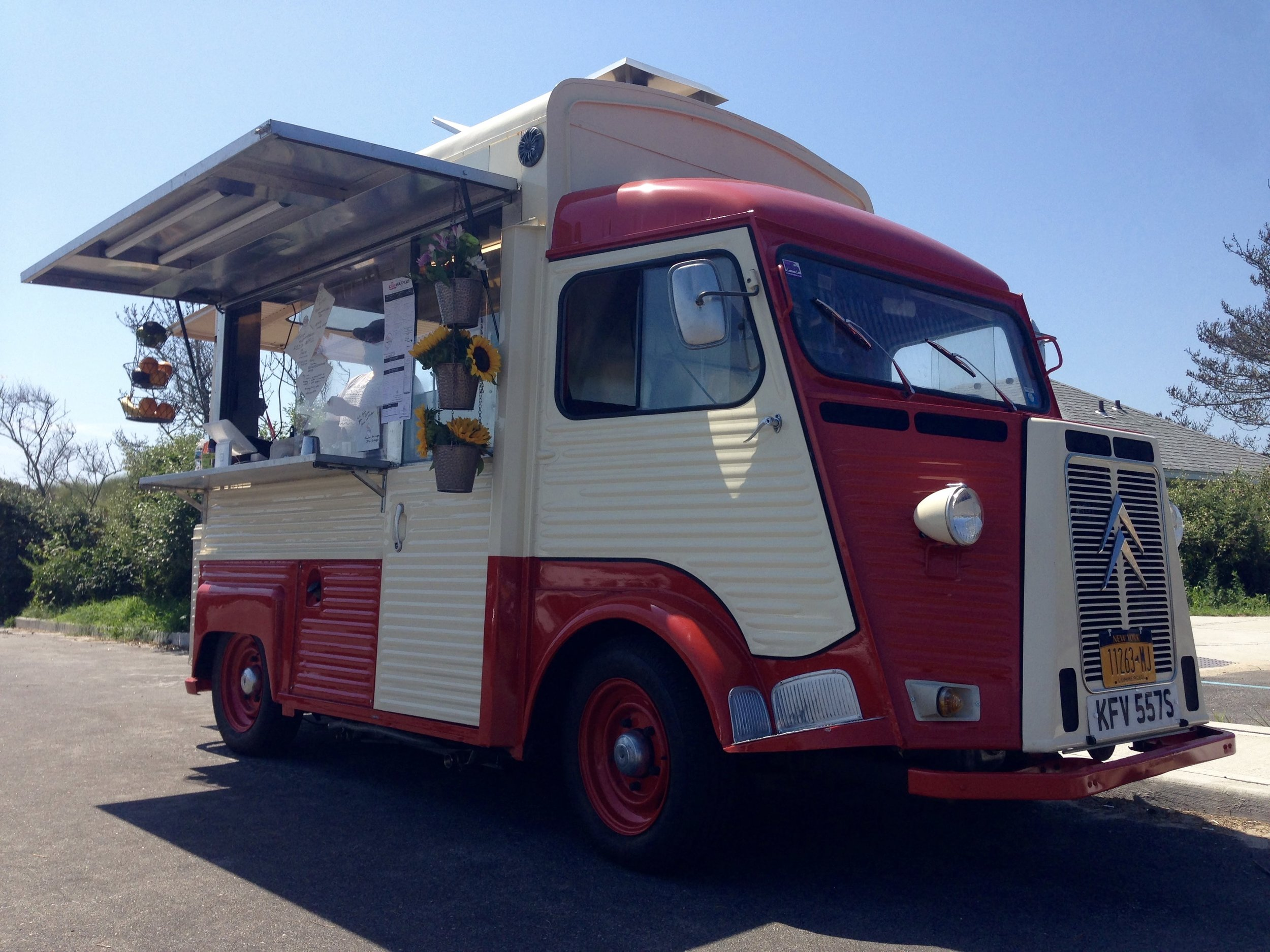Bex Waffles Retro Food Truck