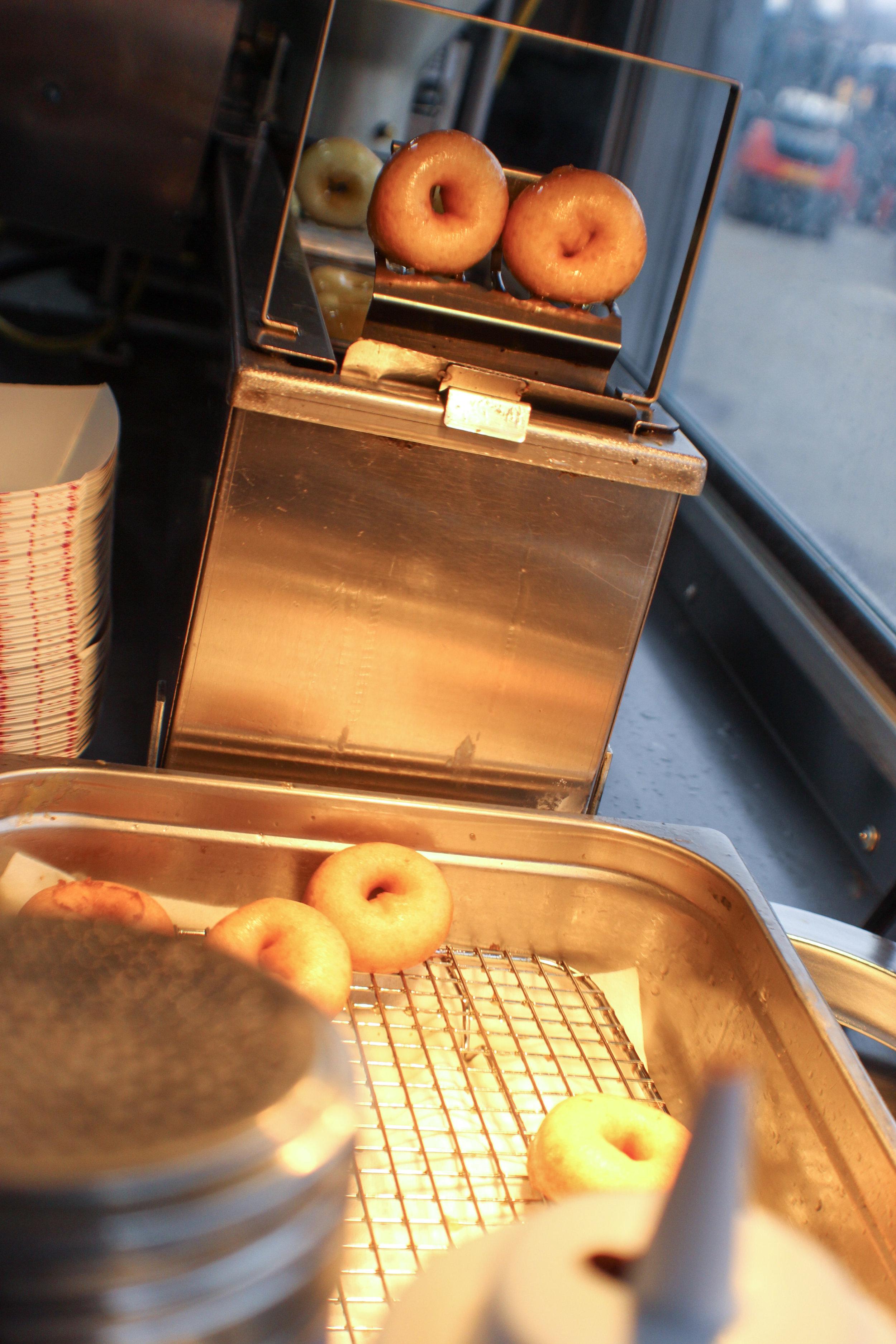 glazed donut maker1.jpg
