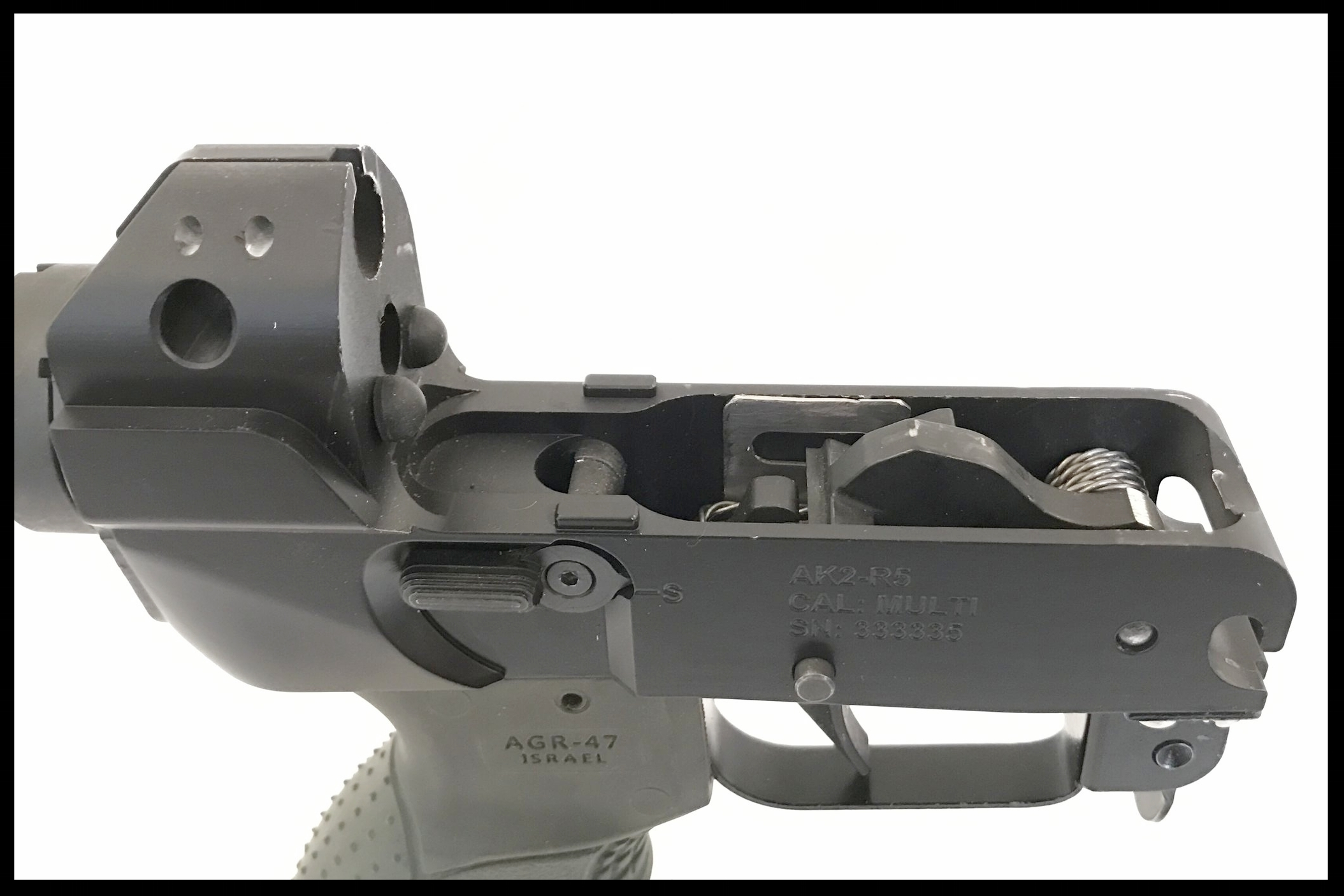 Lower Receiver/ trigger group  The lower receiver allows easy access to the trigger group which has improved feel and reset. Dual Integrated bump stops have reduced felt recoil.