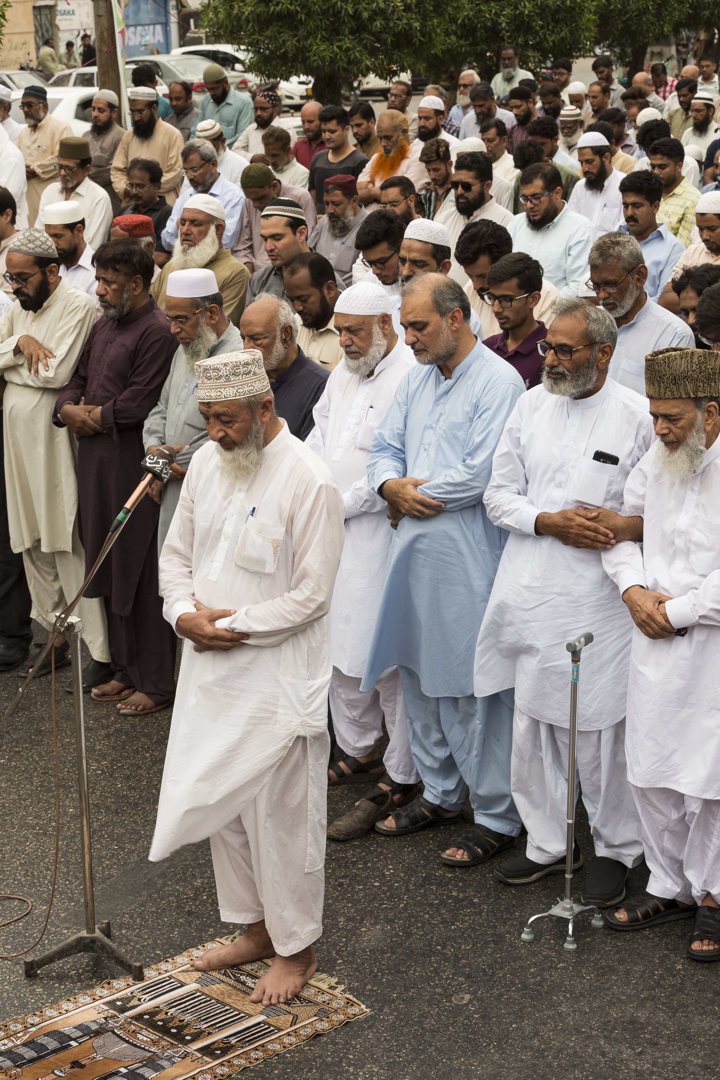 Jamaat-e-Islami activists gather for a funeral prayer for Mohamed Morsi, former president of Egypt, in Karachi, Pakistan on June 18, 2019. Morsi is said to have died during a break in his court proceedings in Cairo, Egypt.