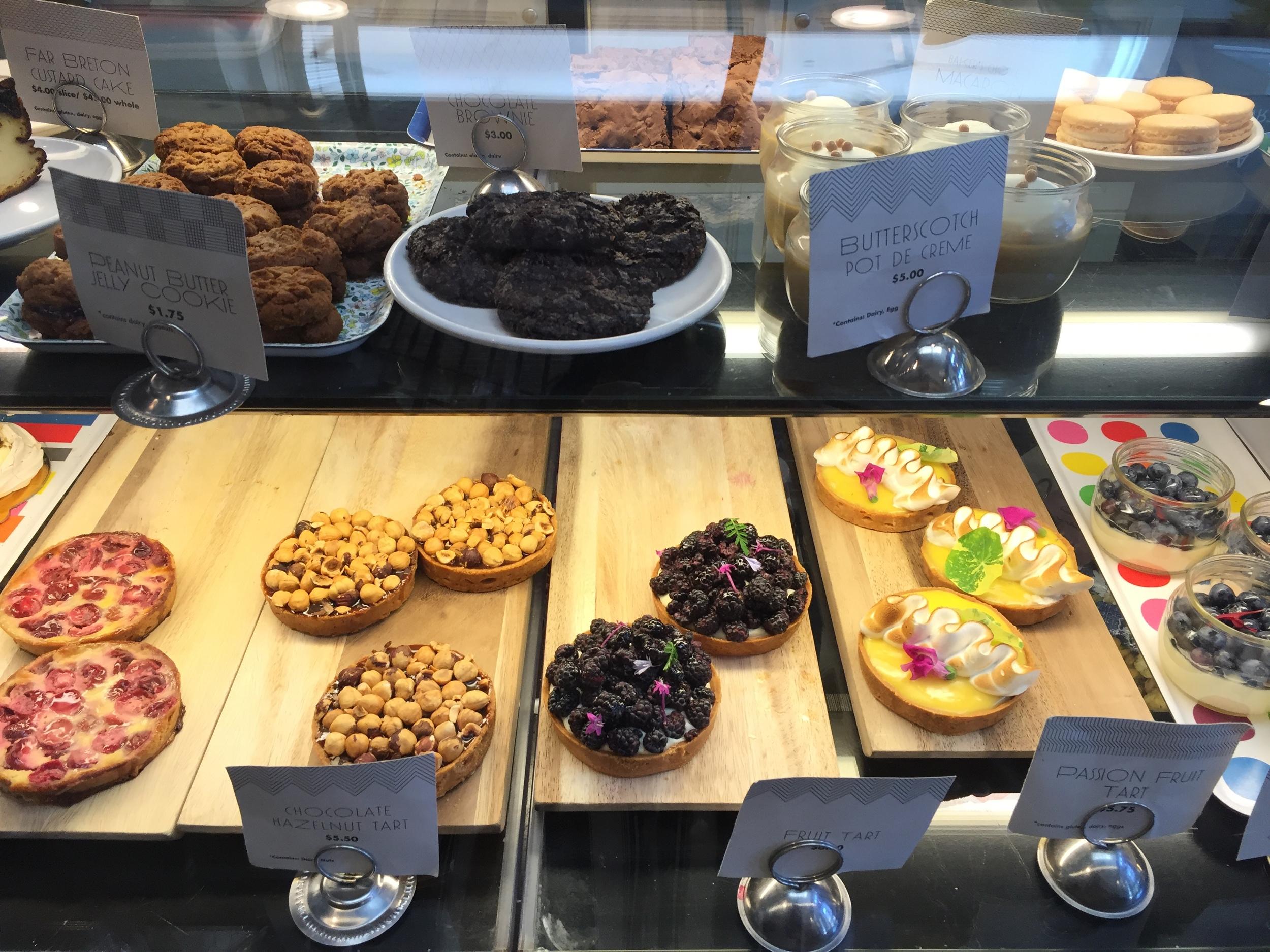 chicago-restaurants-cafe-floriole-dessert-tarts