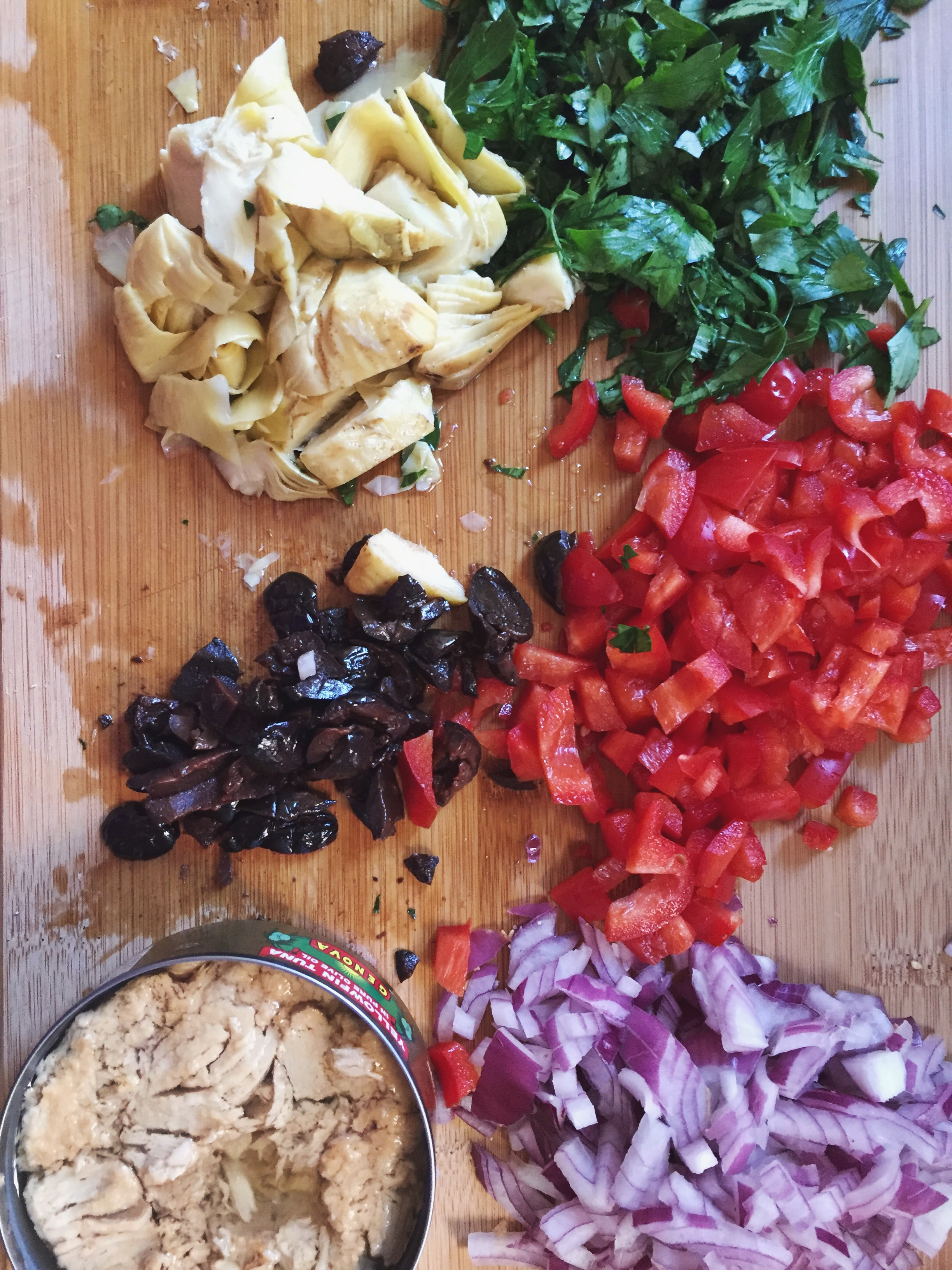 provencal-pan-bagnat-vegetables