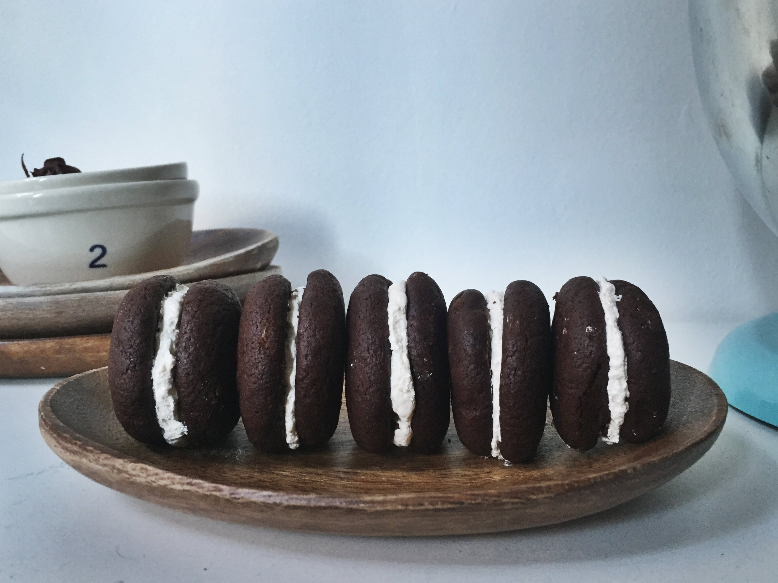 mini-brownie-whoopie-pie-close-up