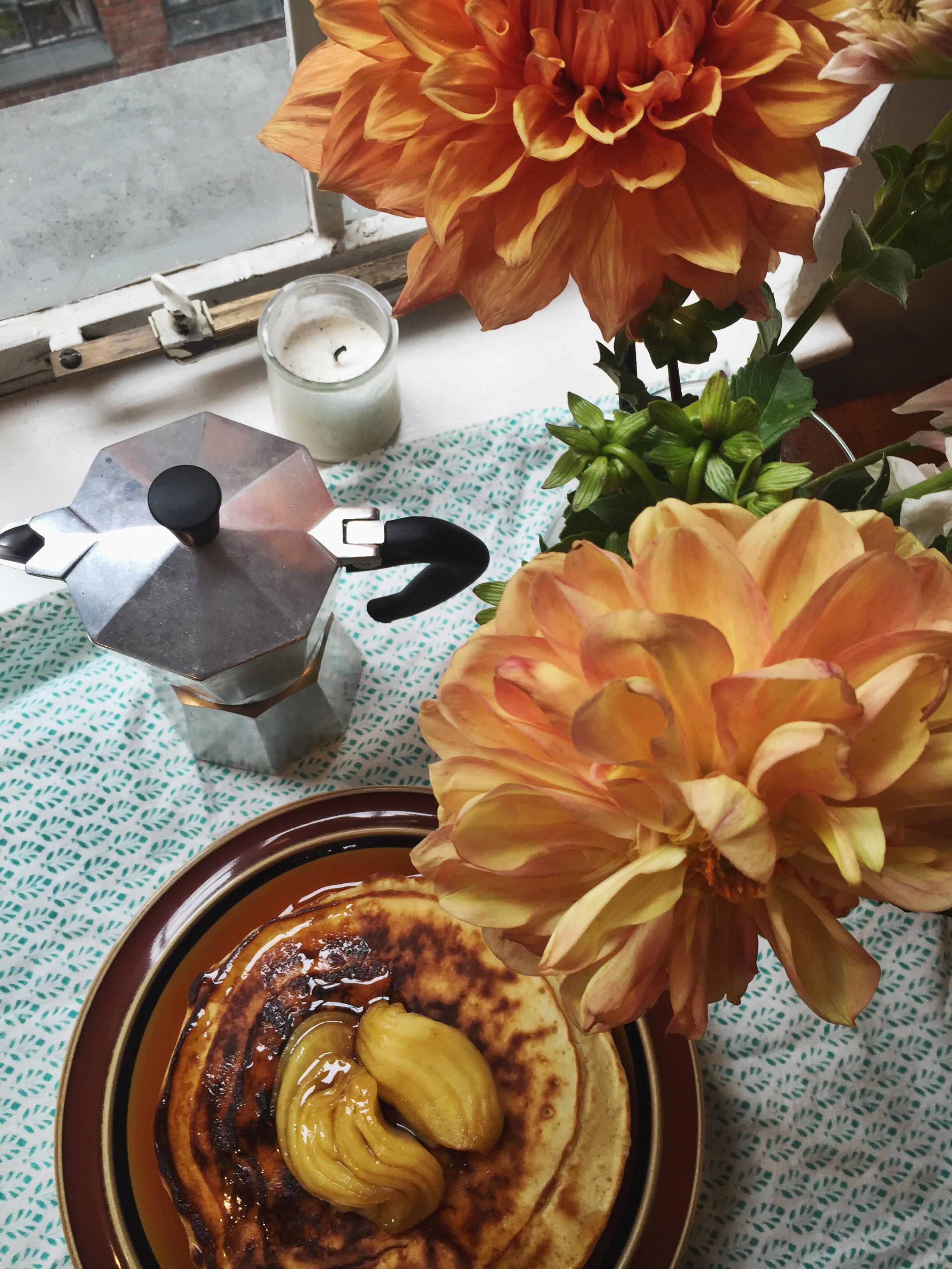 clinton-street-baking-co-pancake-maple-syrup-flowers