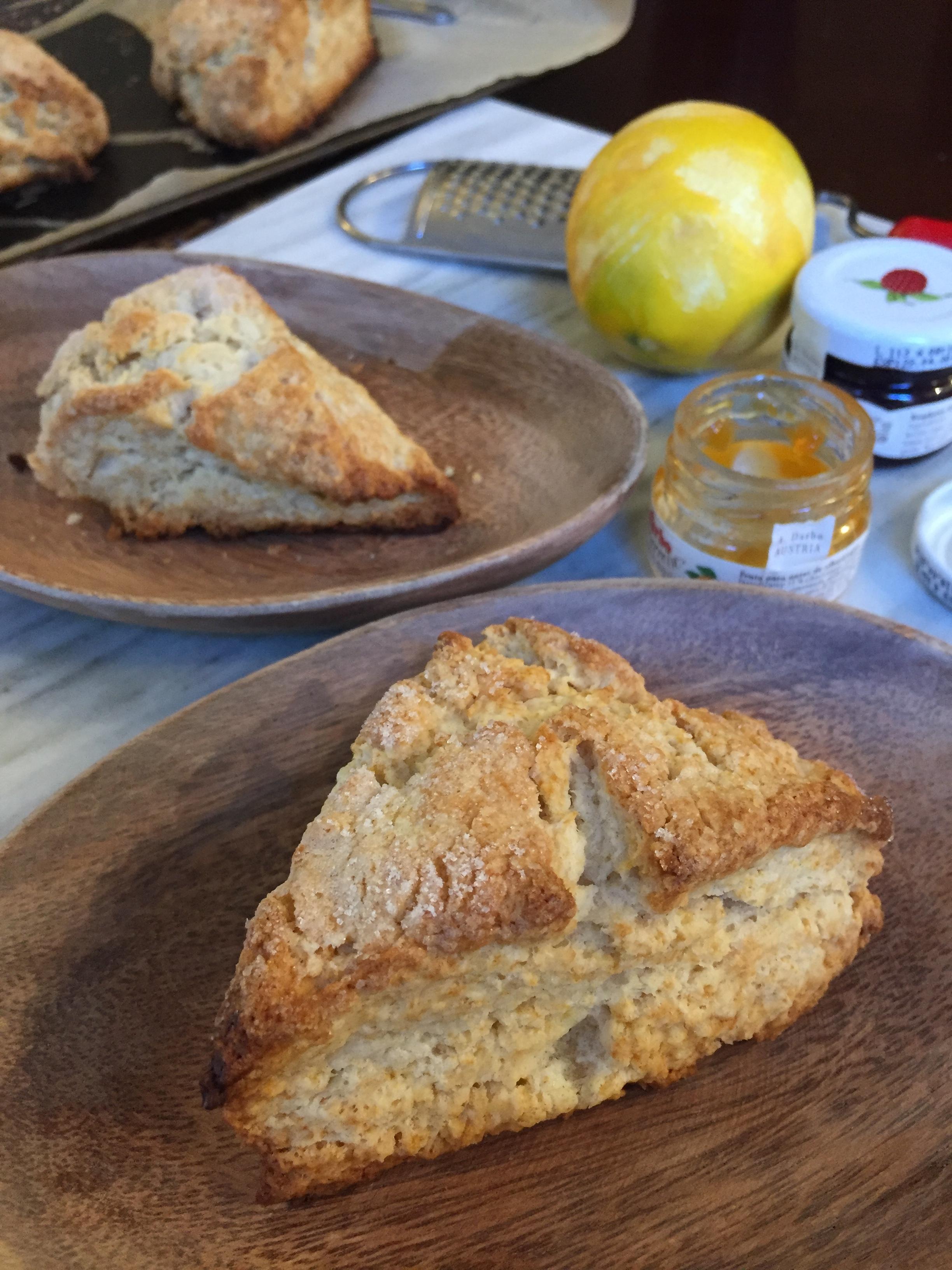 24hourkitchen-buttermilk-scones-tartine