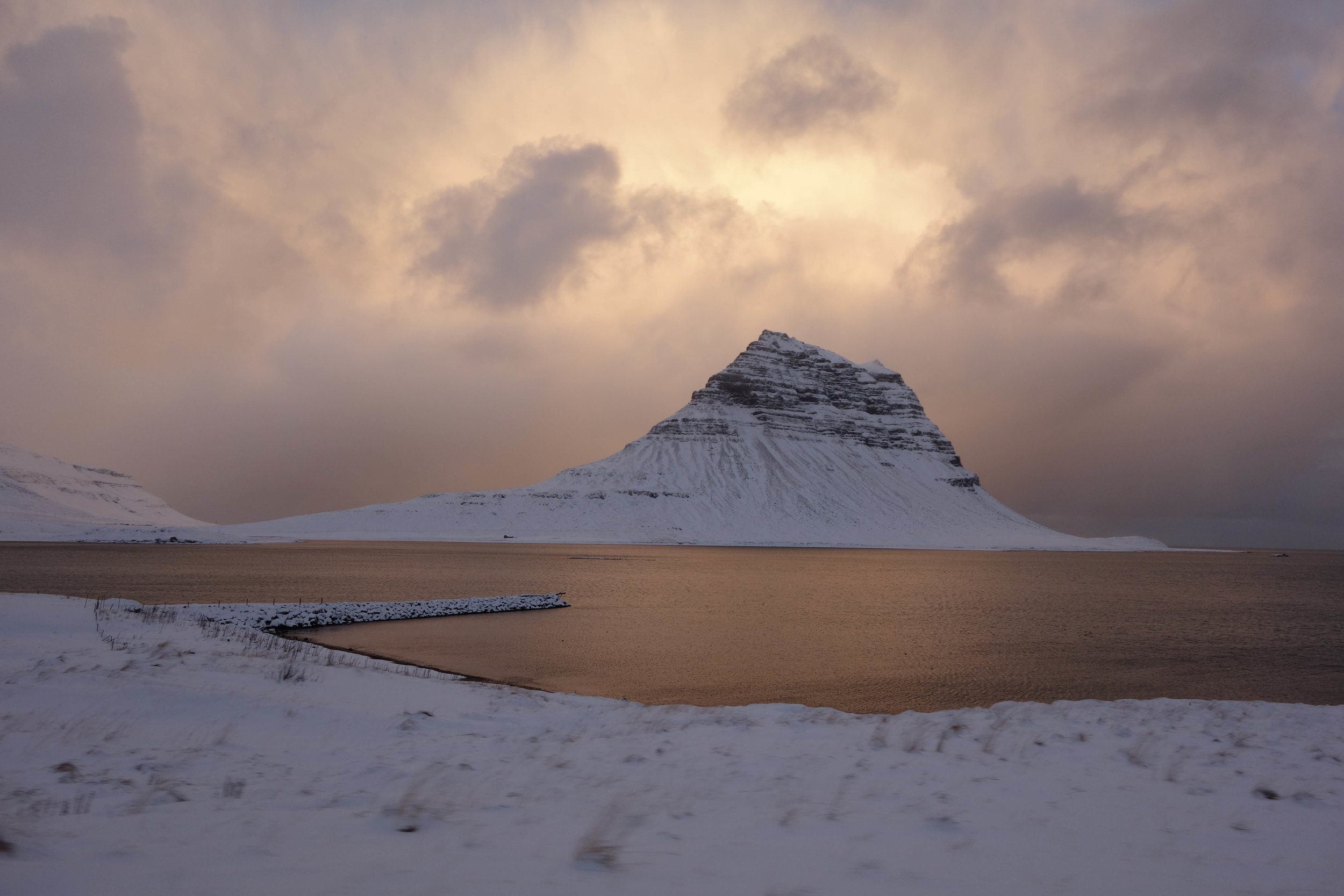 Iceland-travel-everything-I-ate-Kirkjufell-mountain