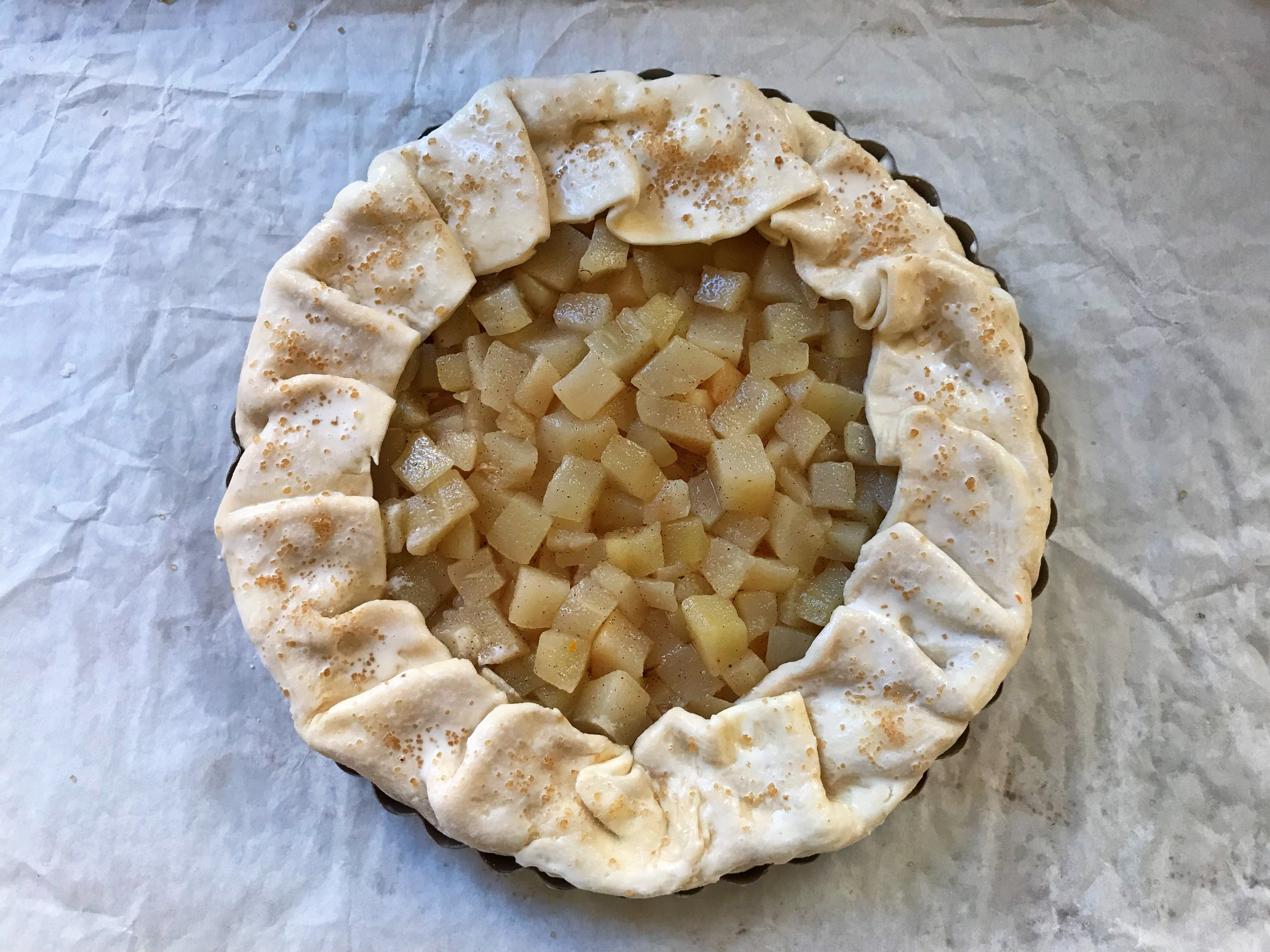 24hourkitchen-thanksgiving-dessert-fruit-vanilla-spice-pear-galette-tart