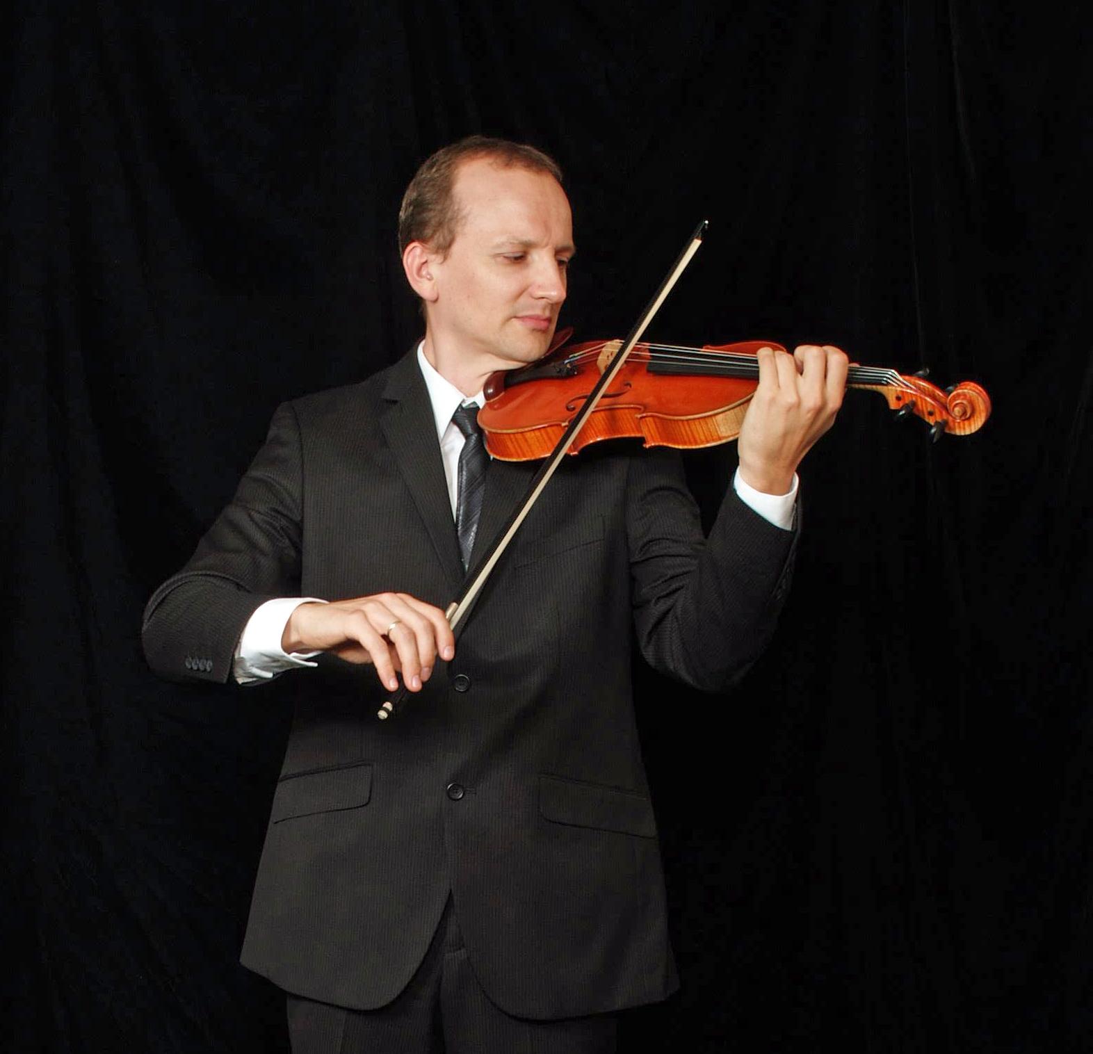 Maxim Baluyev - violin Trio Maxim