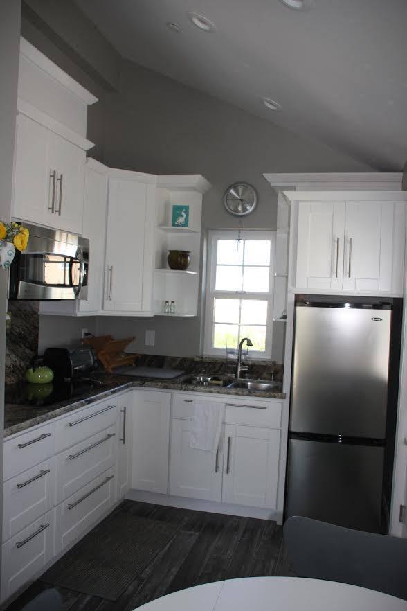 Livermore-motherinlawovergarage-kitchen.jpg