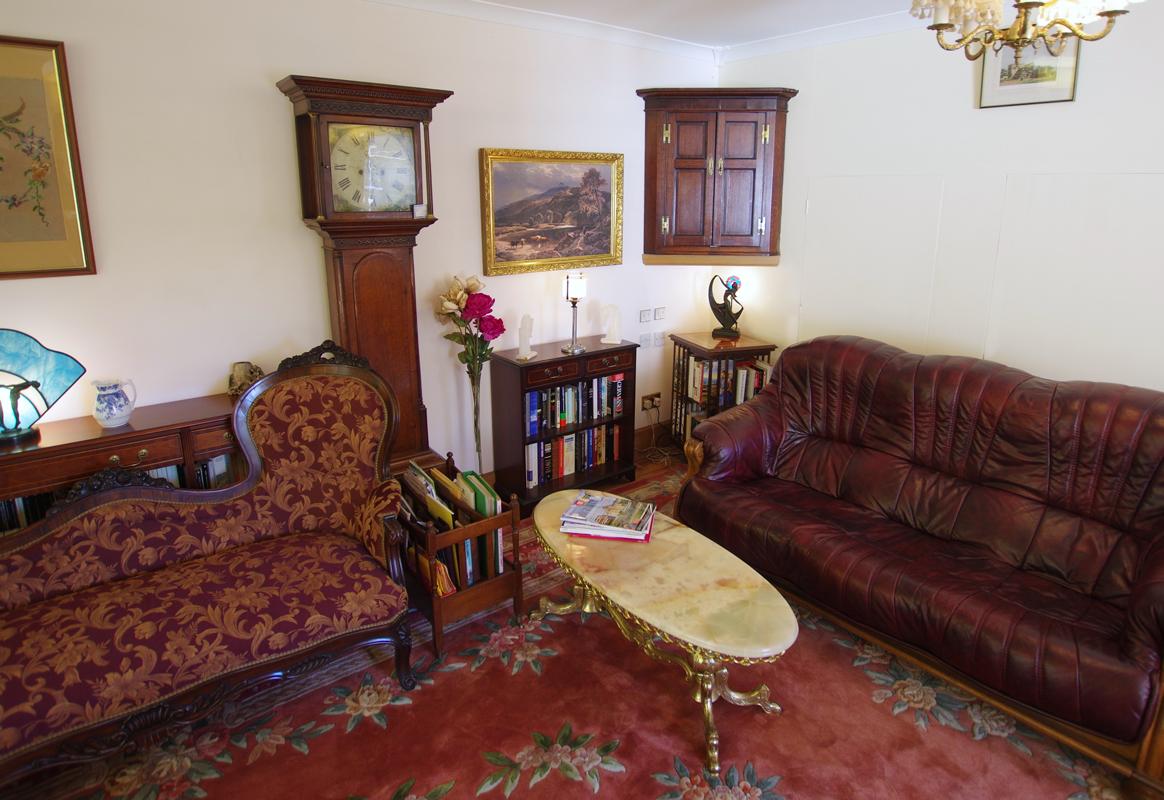 lounge-books.jpg