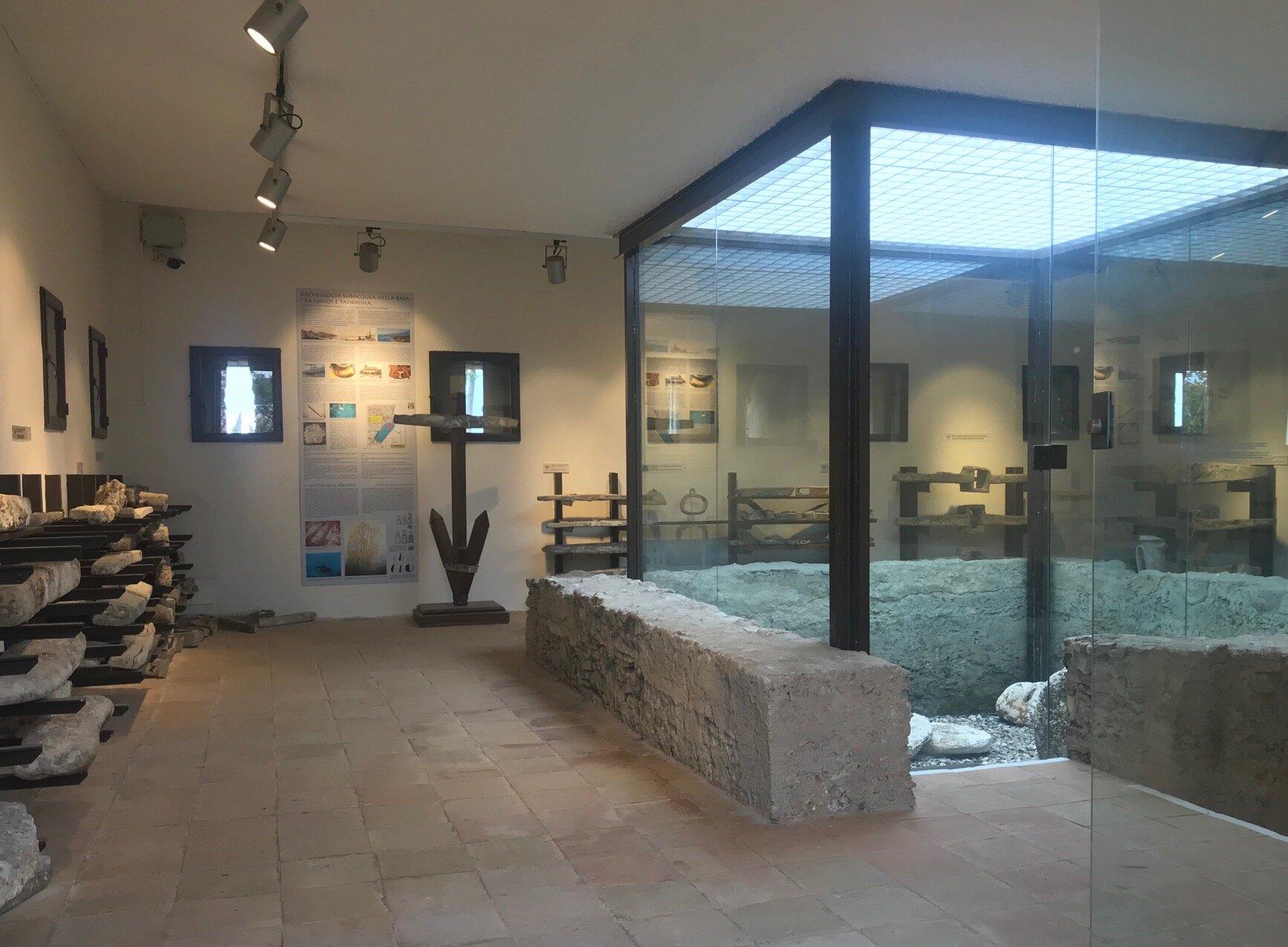 PNT, Naxos, Museo, sezione archeo sub, 1.jpg