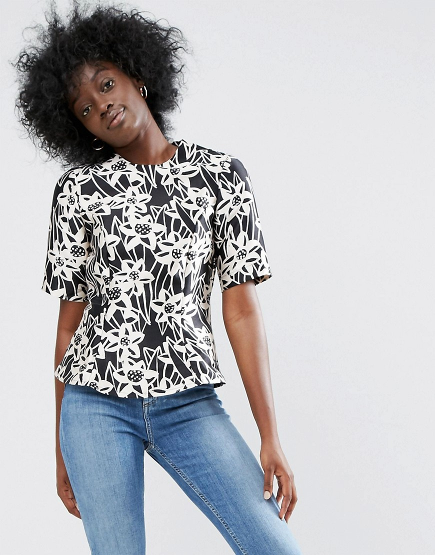 ASOS Made In Kenya Shell Top In Mono Floral Print (NZD$ 73.97)
