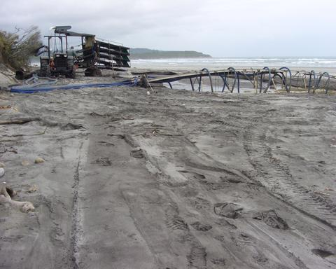 Ash Hilton purchases beach gold direct from the local supplier so they know exactly where it comes from (Image credit:  Ash Hilton )