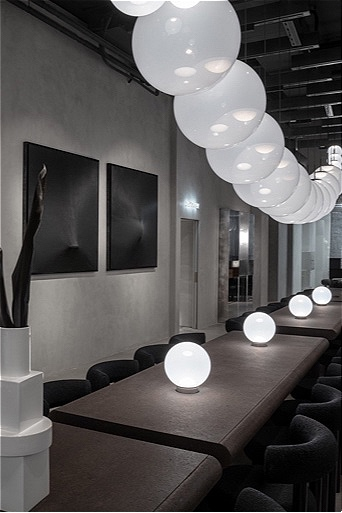 Restaurant The Manzoni feat. Opal Lights, Fat chairs and stools