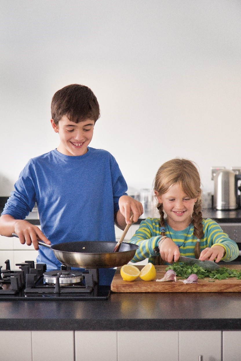 Imi. Jenny's nine-year-old daughter and inspiration for  Cool Kids Cook . (credit: Eat Pictures)