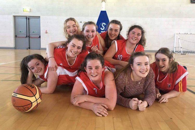 Girls Basketball -