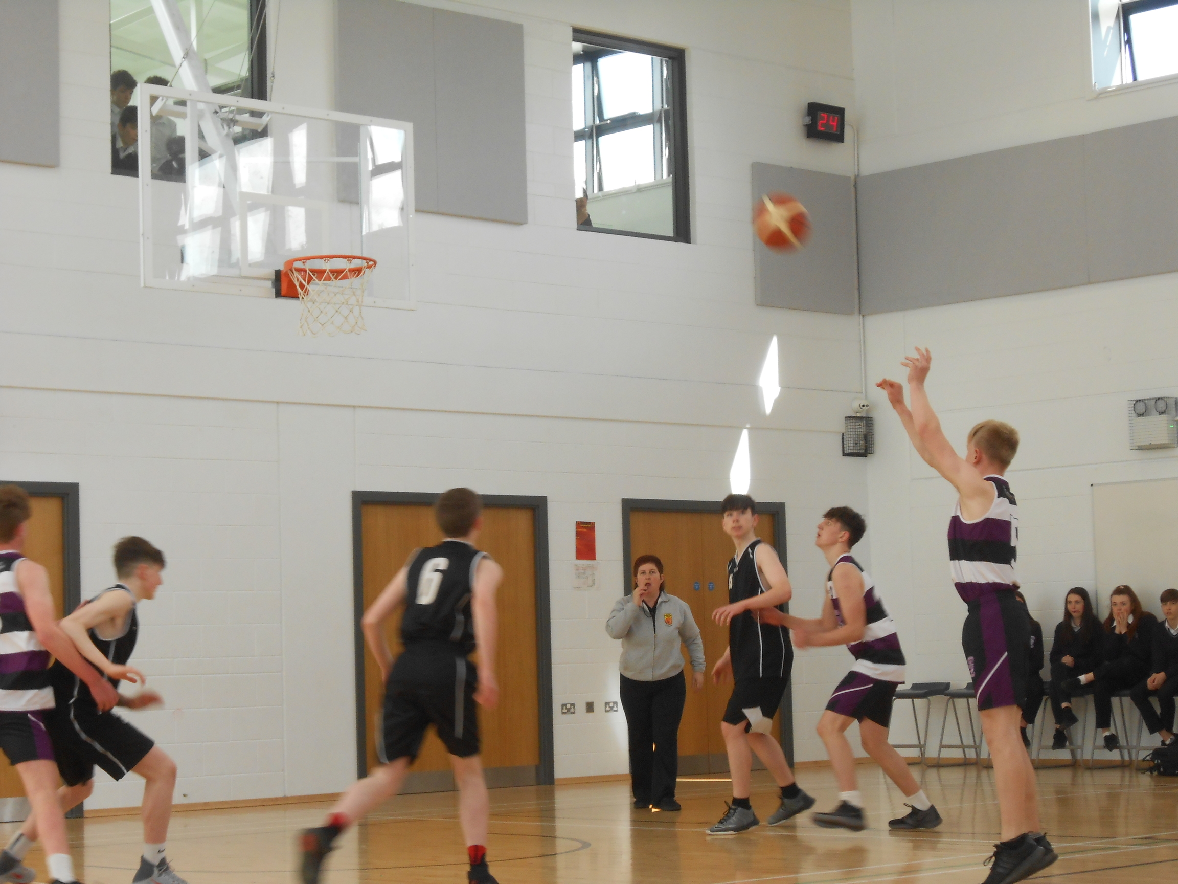 Basketball_Fionn_smaller.jpg