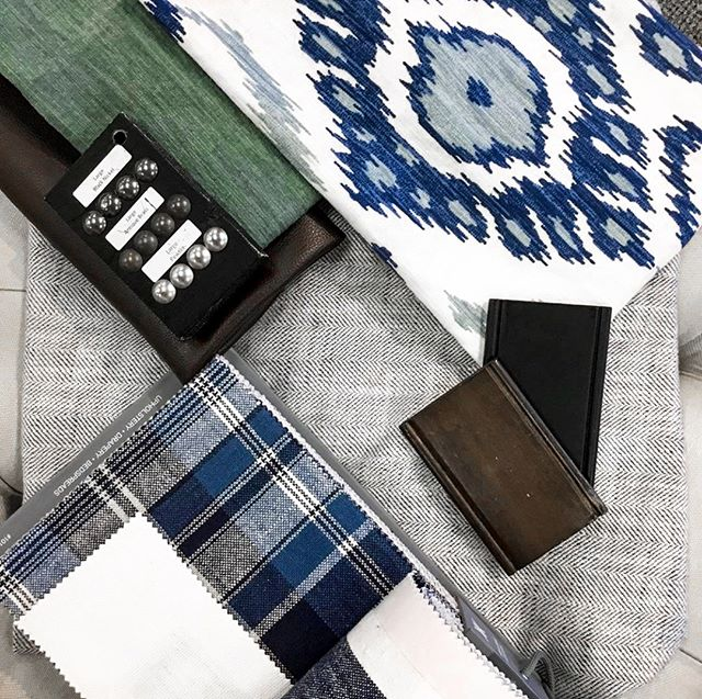 For a classic fall look that won't go out of style, match light grays, mossy greens, and indigo blues with dark wood accents. @calicotampa knows exactly which fabrics pair perfectly together. #CalicoDesign #fabrics #homedecor #falldecor #interiordesign